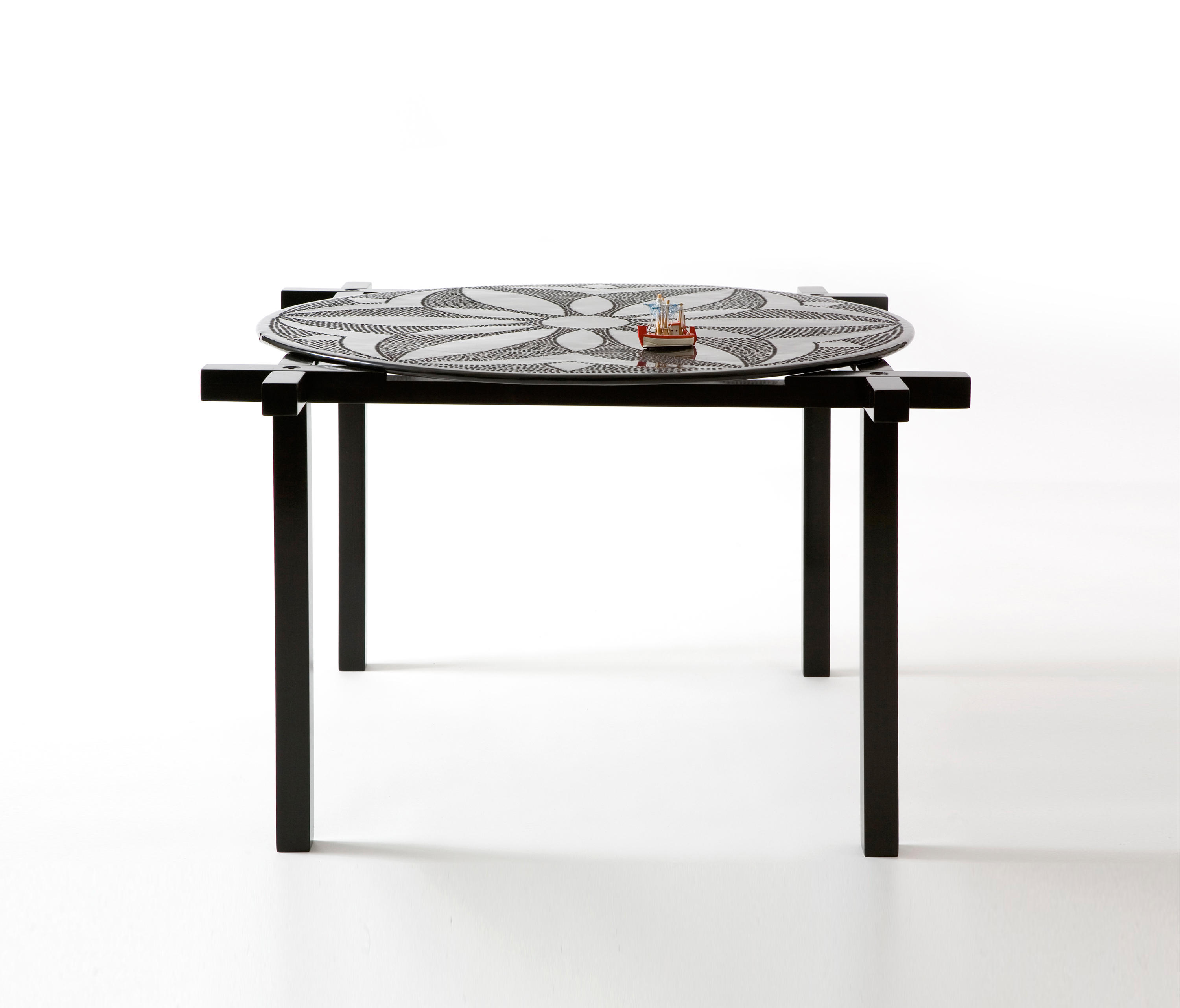 Good Round and Square side and centre table by Karen Chekerdjian Coffee tables