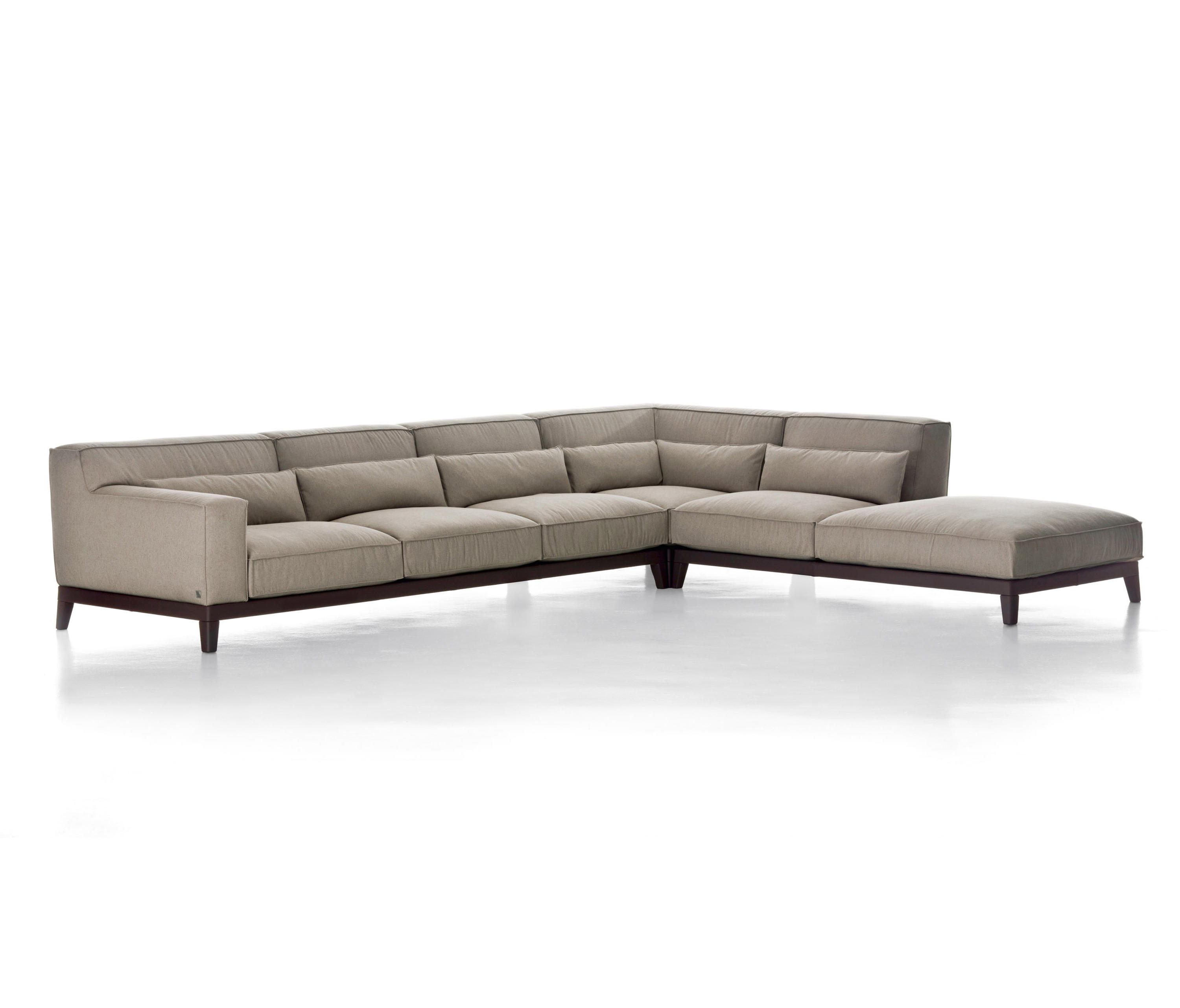 ... Swing By Busnelli | Sofas