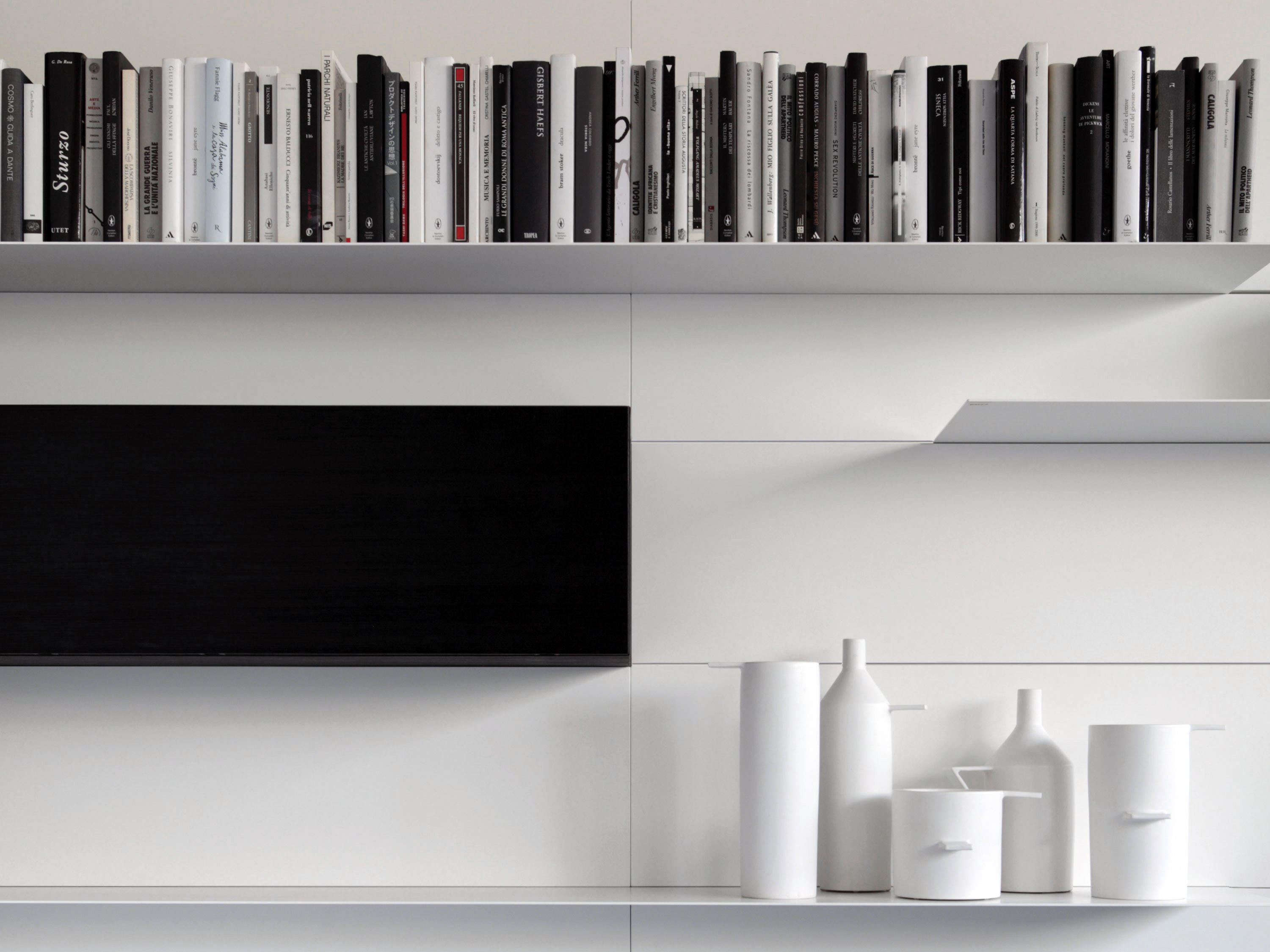 Load it wall storage systems from porro architonic for Porro muebles