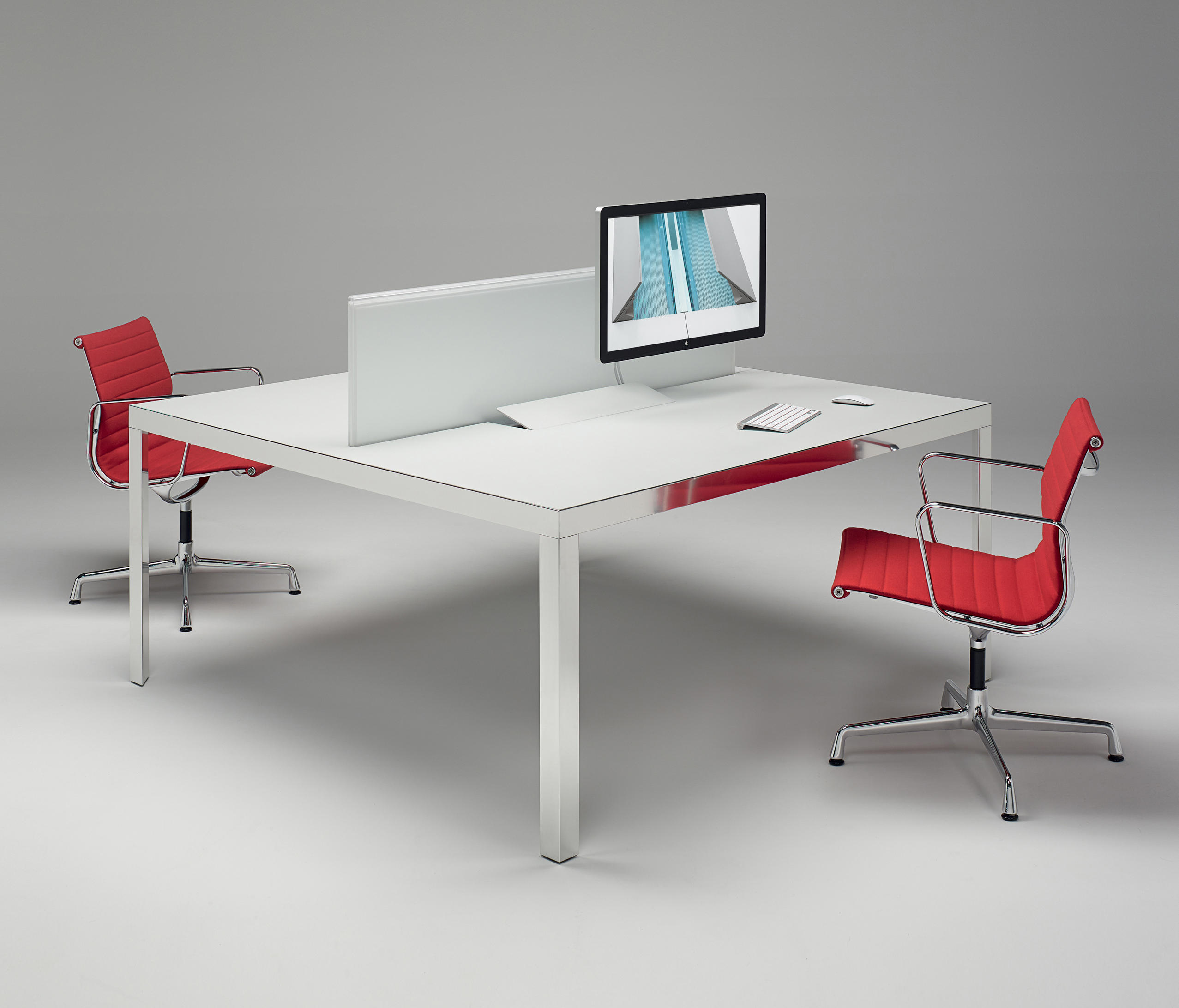Naos System by UniFor | Desking systems