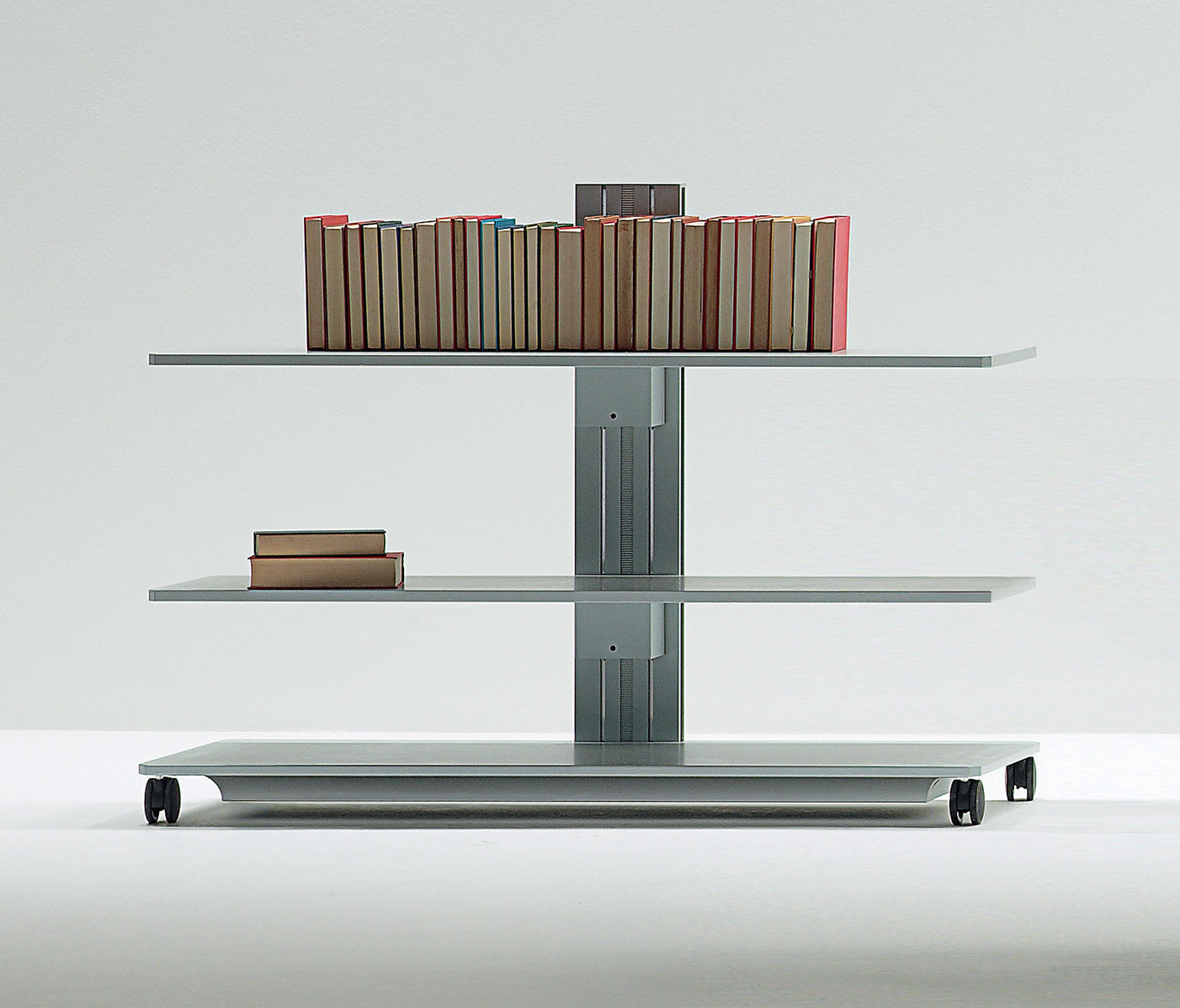 Service tables carts from unifor architonic for Unifor turate