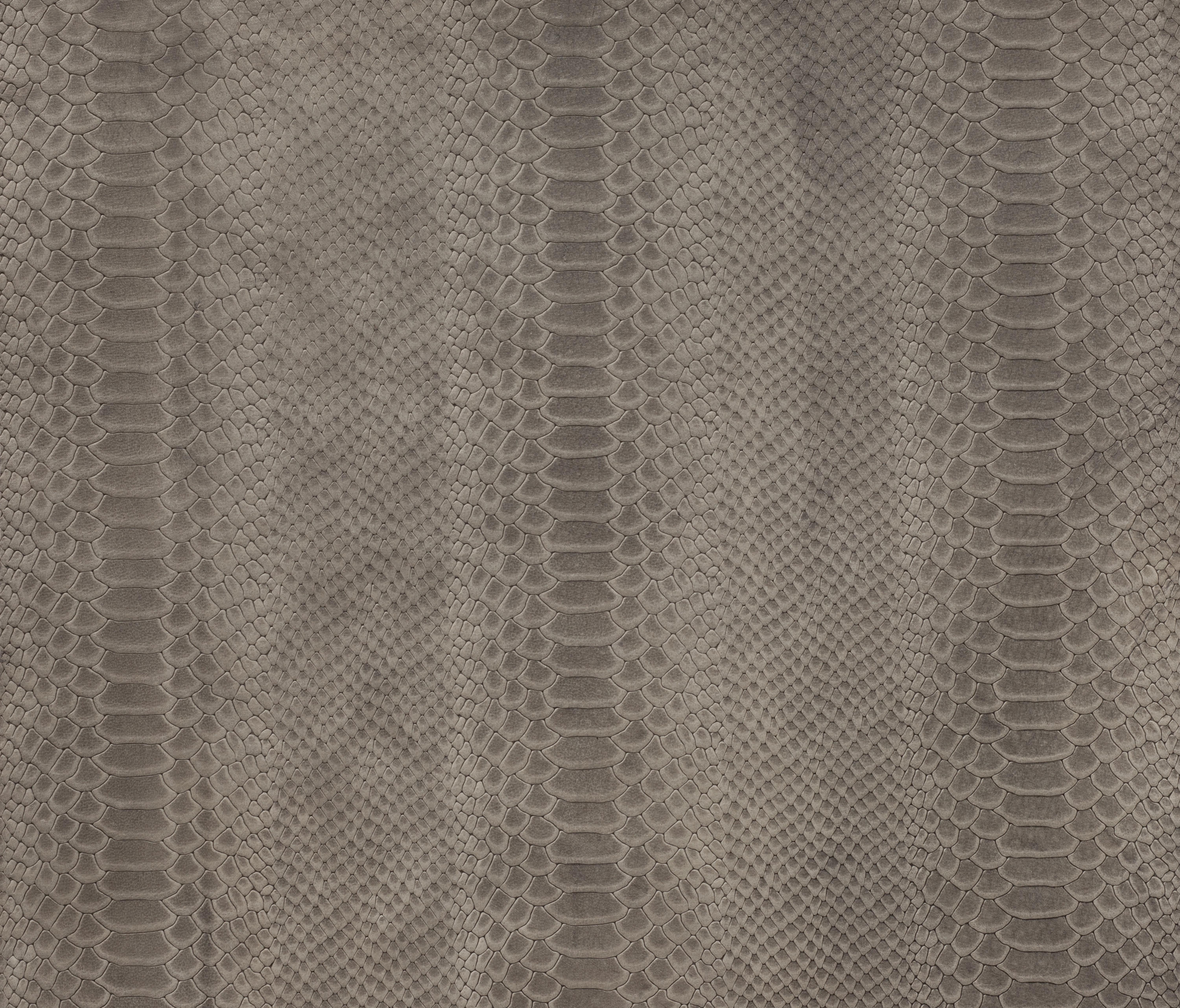 COBRA - Leather tiles from Alphenberg Leather | Architonic