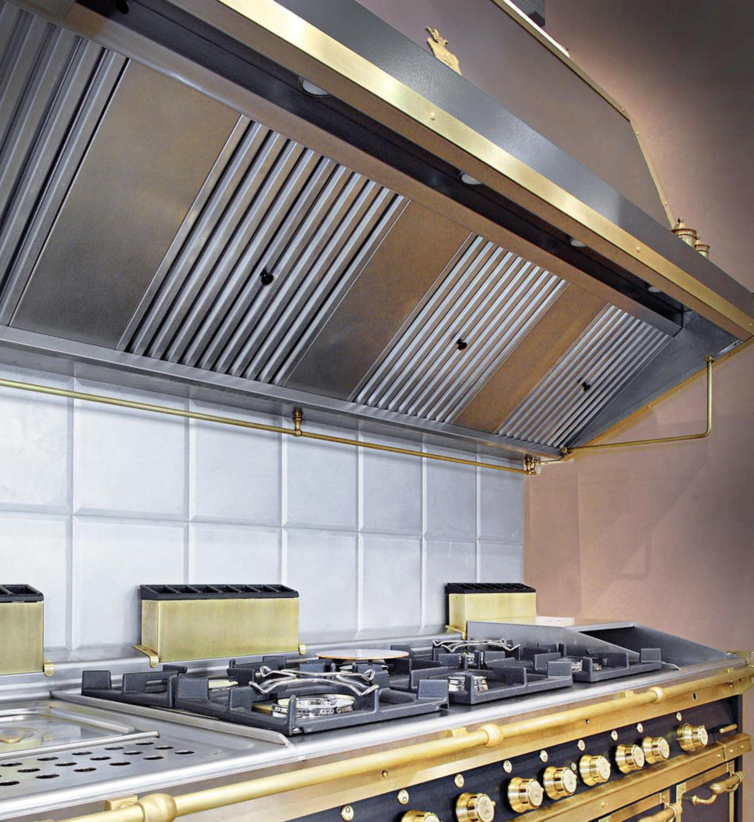 ABZUGSHAUBE OGC001 - Küchenabzugshauben von Officine Gullo | Architonic