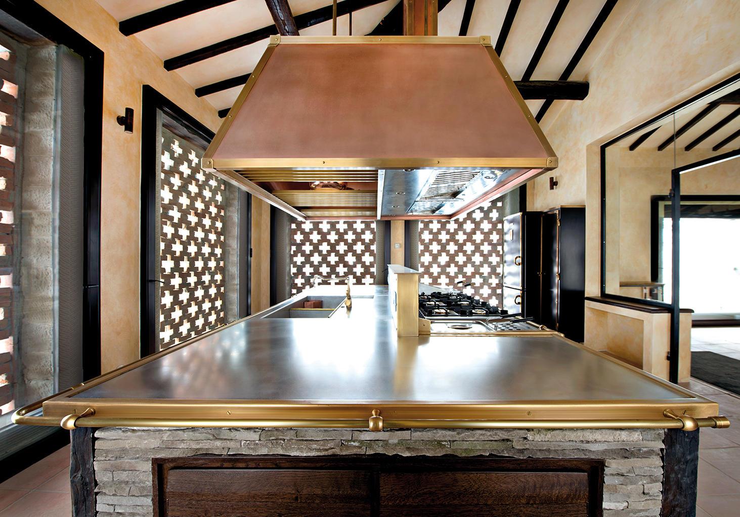 DAVANZATI PALACE CUCINE - Cucine a parete Officine Gullo | Architonic