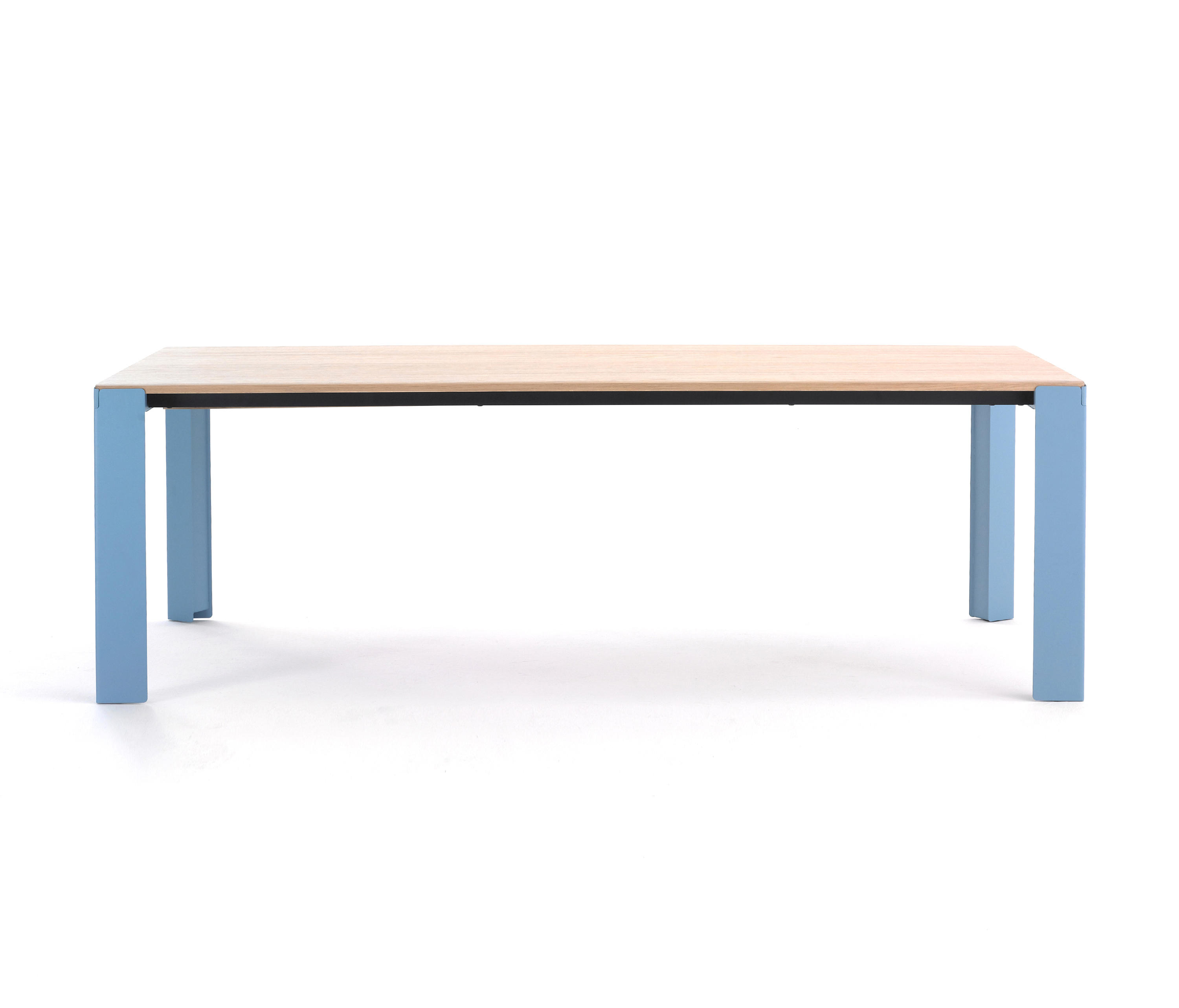 BRANCH - Dining tables from Arco   Architonic
