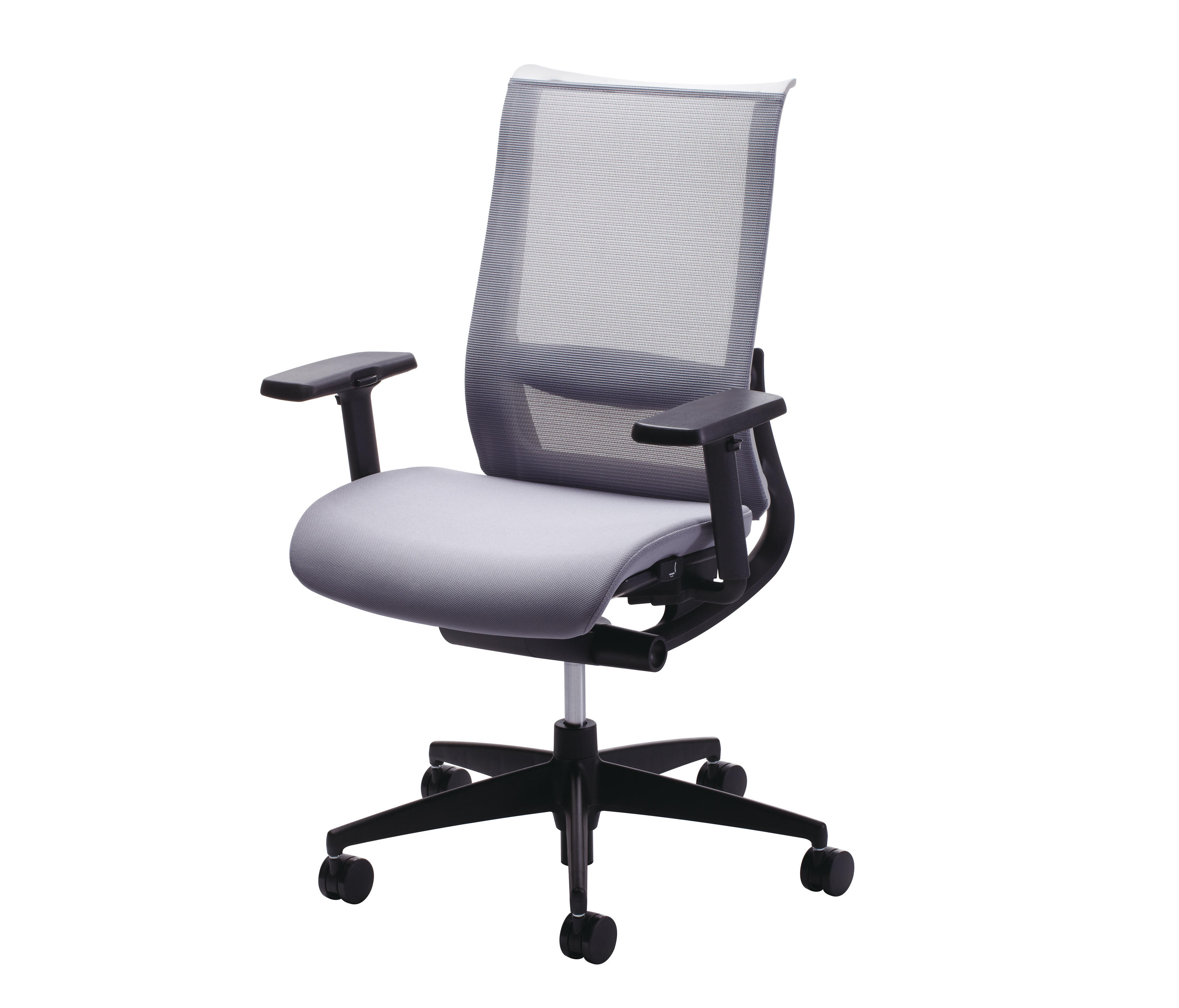 AIRGRACE Management chairs from Kokuyo