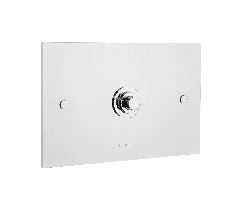 diamond flush plate chrome flushes from aquadomo. Black Bedroom Furniture Sets. Home Design Ideas