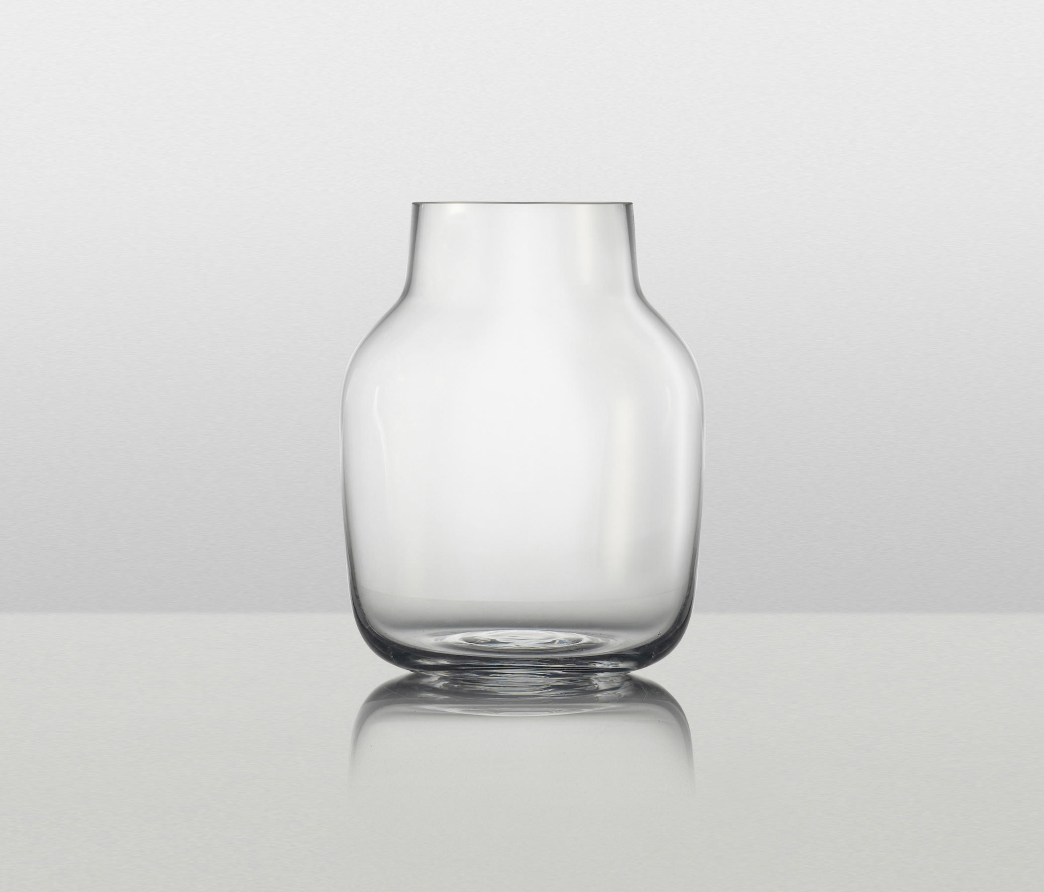 Silent vase large vases from muuto architonic silent vase large by muuto vases reviewsmspy