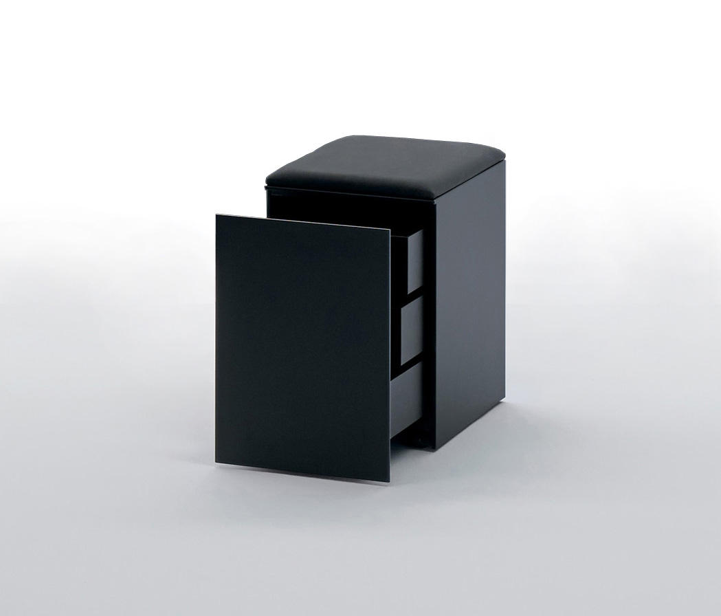 Lessless pedestals from unifor architonic for Unifor turate