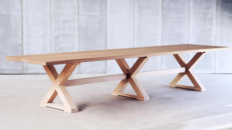 Double cross tavoli da pranzo heerenhuis architonic for Produttori tavoli