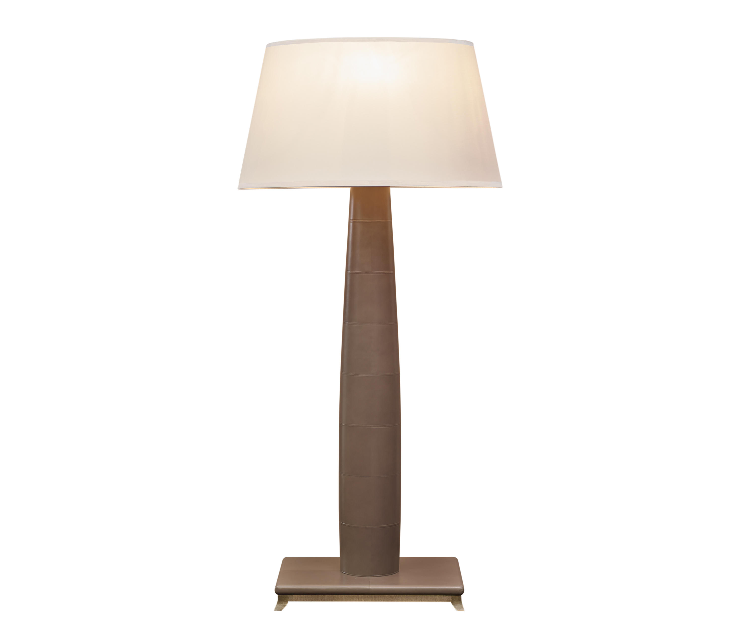 pia floor lamp free standing lights from promemoria. Black Bedroom Furniture Sets. Home Design Ideas