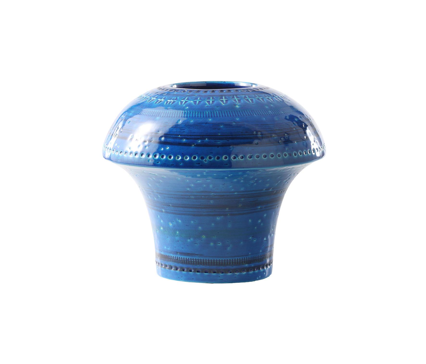 Rimini blu vaso fungo bowls from bitossi ceramiche for Vaso blu