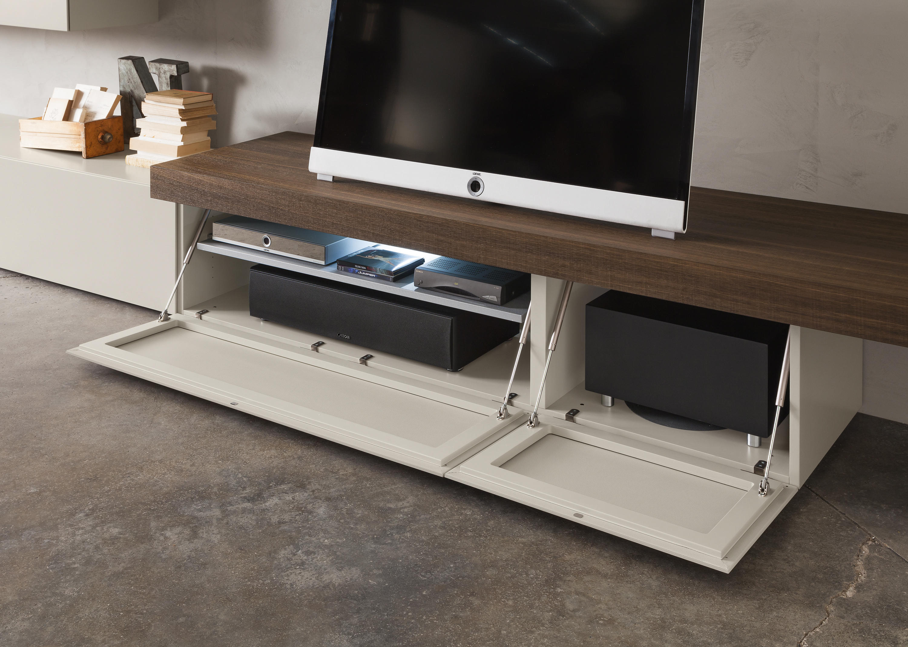 You sound multimedia sideboards von presotto architonic for Www presotto it