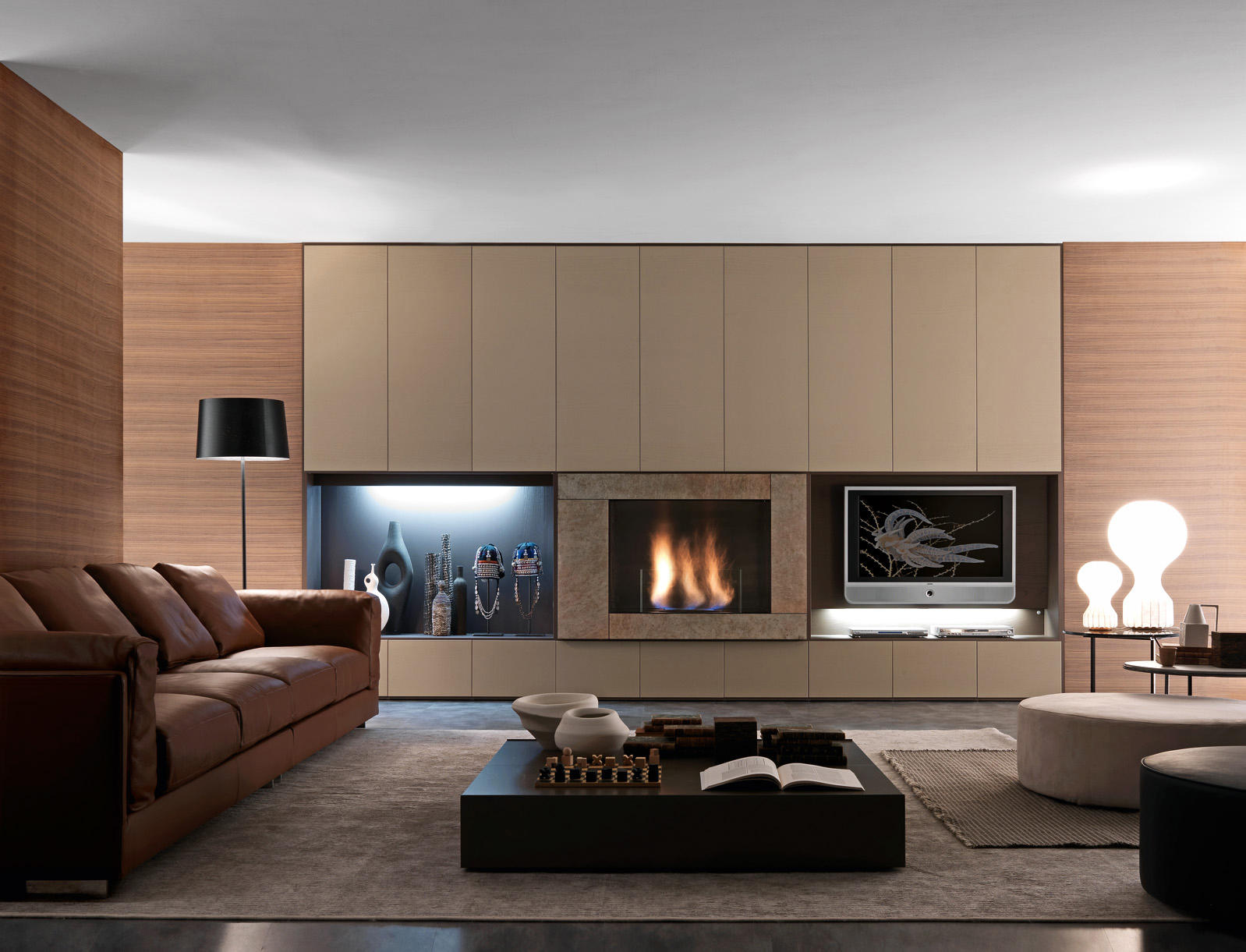PARI & DISPARI ARRANGEMENTS WITH FIREPLACES - Wall storage systems ...