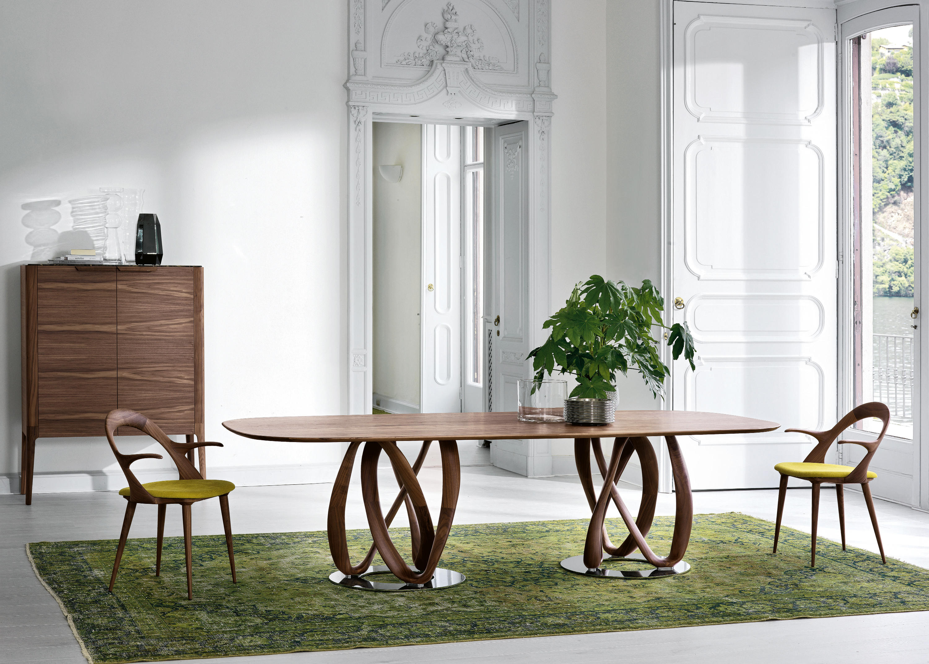 INFINITY Meeting room tables from Porada