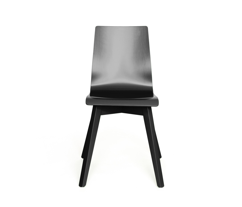 buzzy chaises d 39 glise de z editions architonic. Black Bedroom Furniture Sets. Home Design Ideas