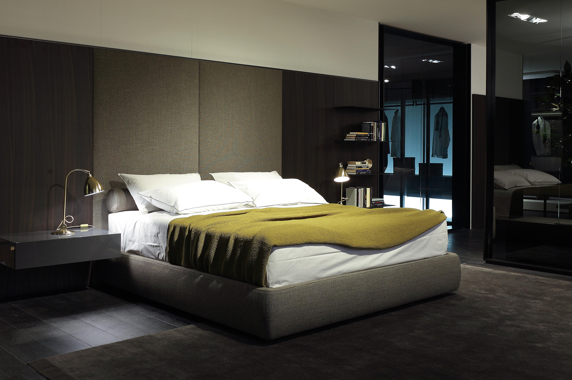 Laze bed beds from poliform architonic for Camera da letto arredamento