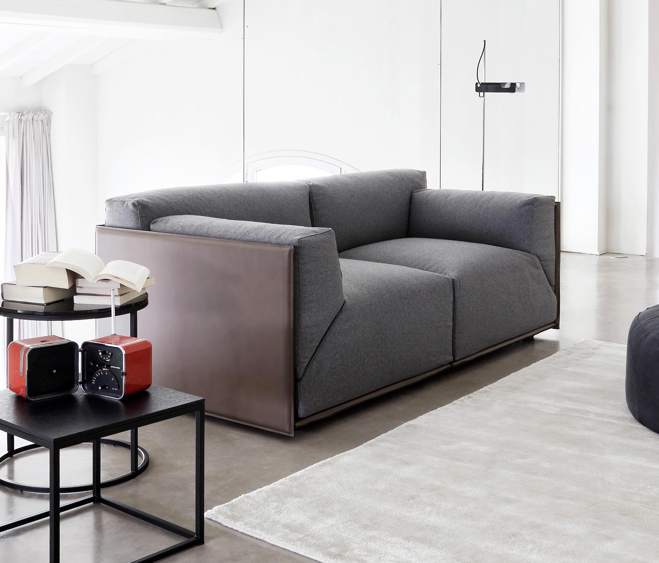 Bacon kuoio divani lounge meridiani architonic for Catalogo meridiani