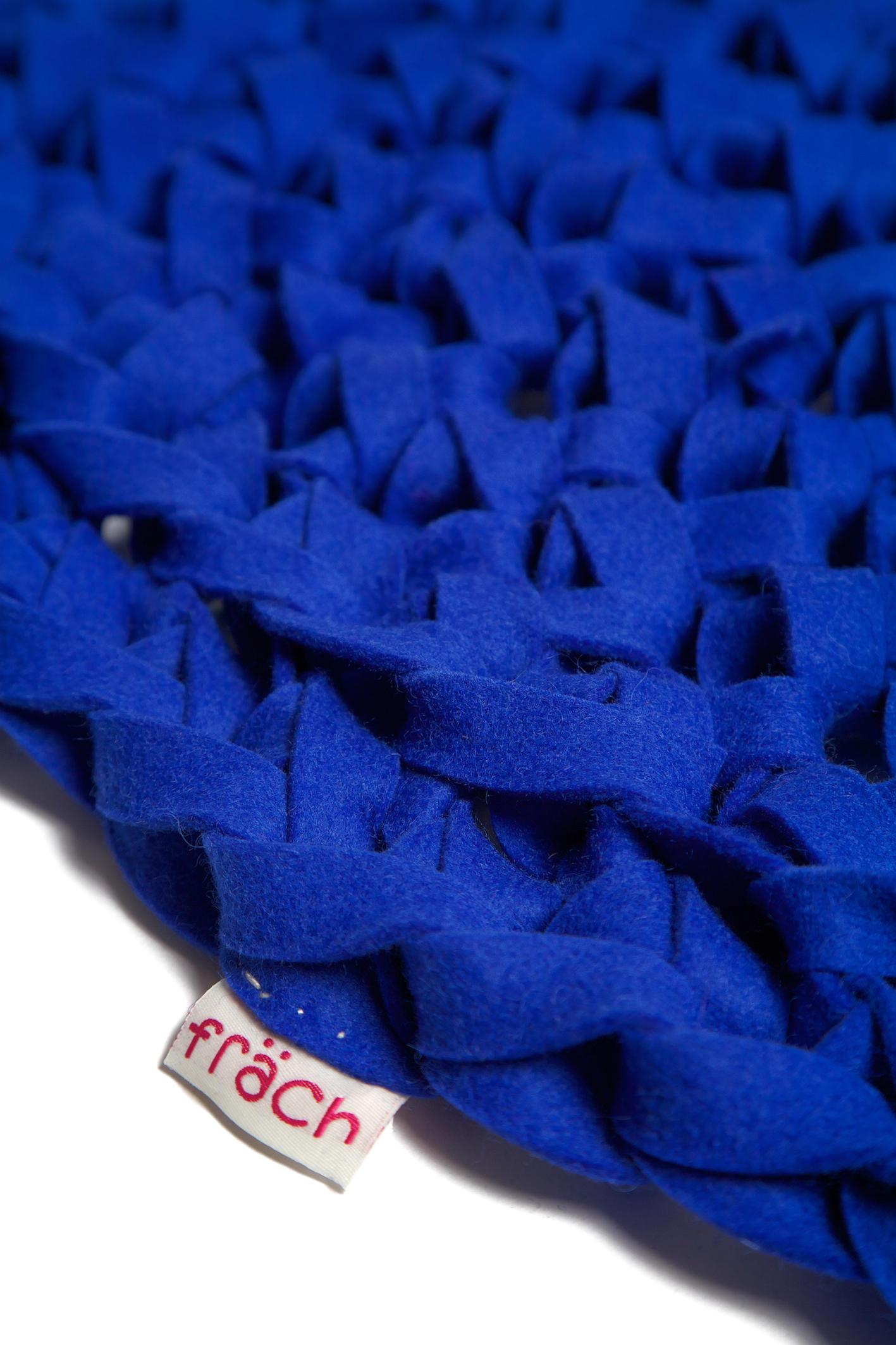 blaue wolke formatteppiche designerteppiche von fr ch architonic. Black Bedroom Furniture Sets. Home Design Ideas