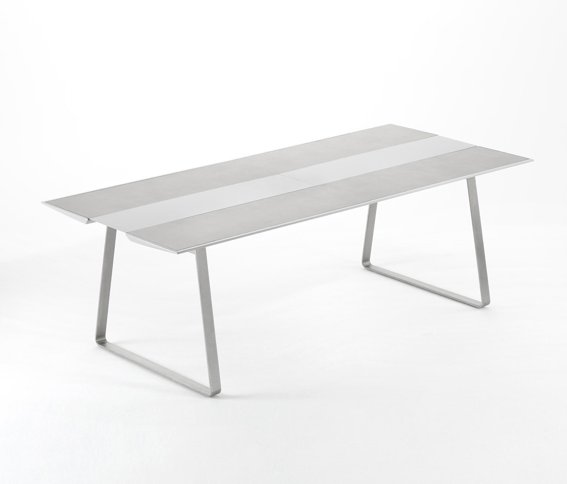 Extrados table 240 tables manger de jardin de ego - Table de jardin ovale extensible fort de france ...