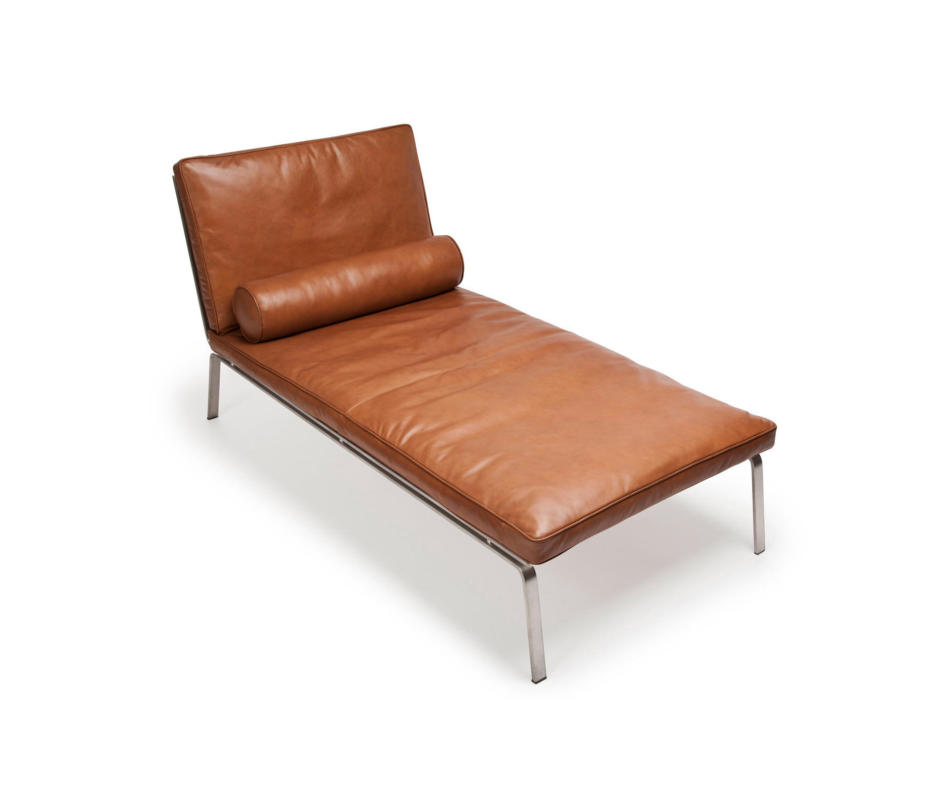 man chaise longue vintage leather cognac 21000 chaise longues from norr11 architonic. Black Bedroom Furniture Sets. Home Design Ideas