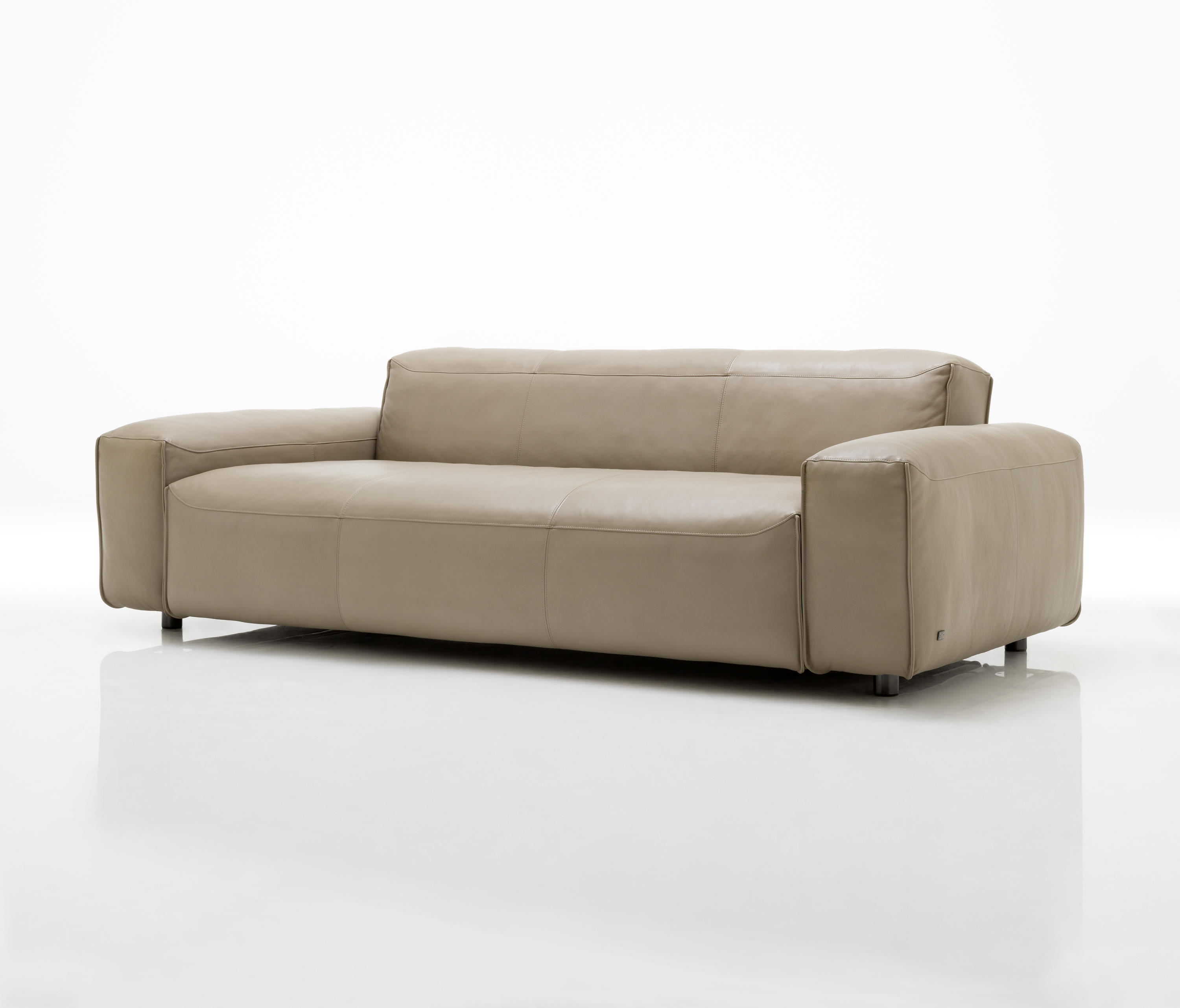 Rolf benz mio loungesofas von rolf benz architonic for Rolf benz nagold