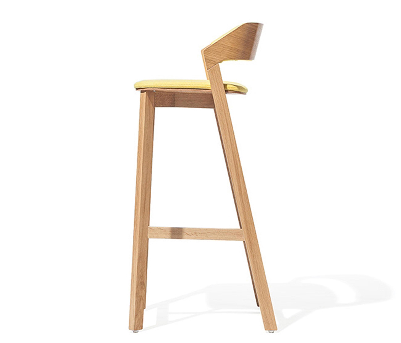 Merano Barstool Upholstered Bar Stools From Ton Architonic