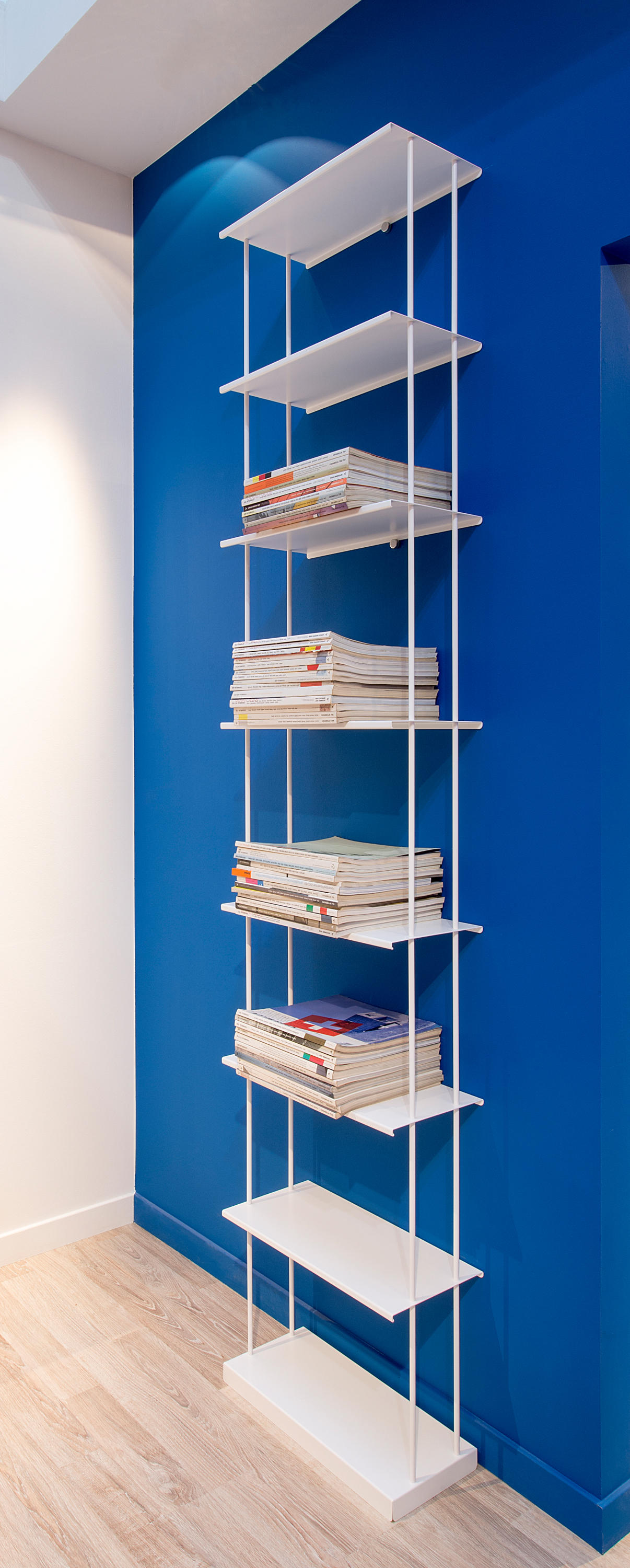 KROSSING MAXI BOOKSHELF - Office shelving systems from Kriptonite ...