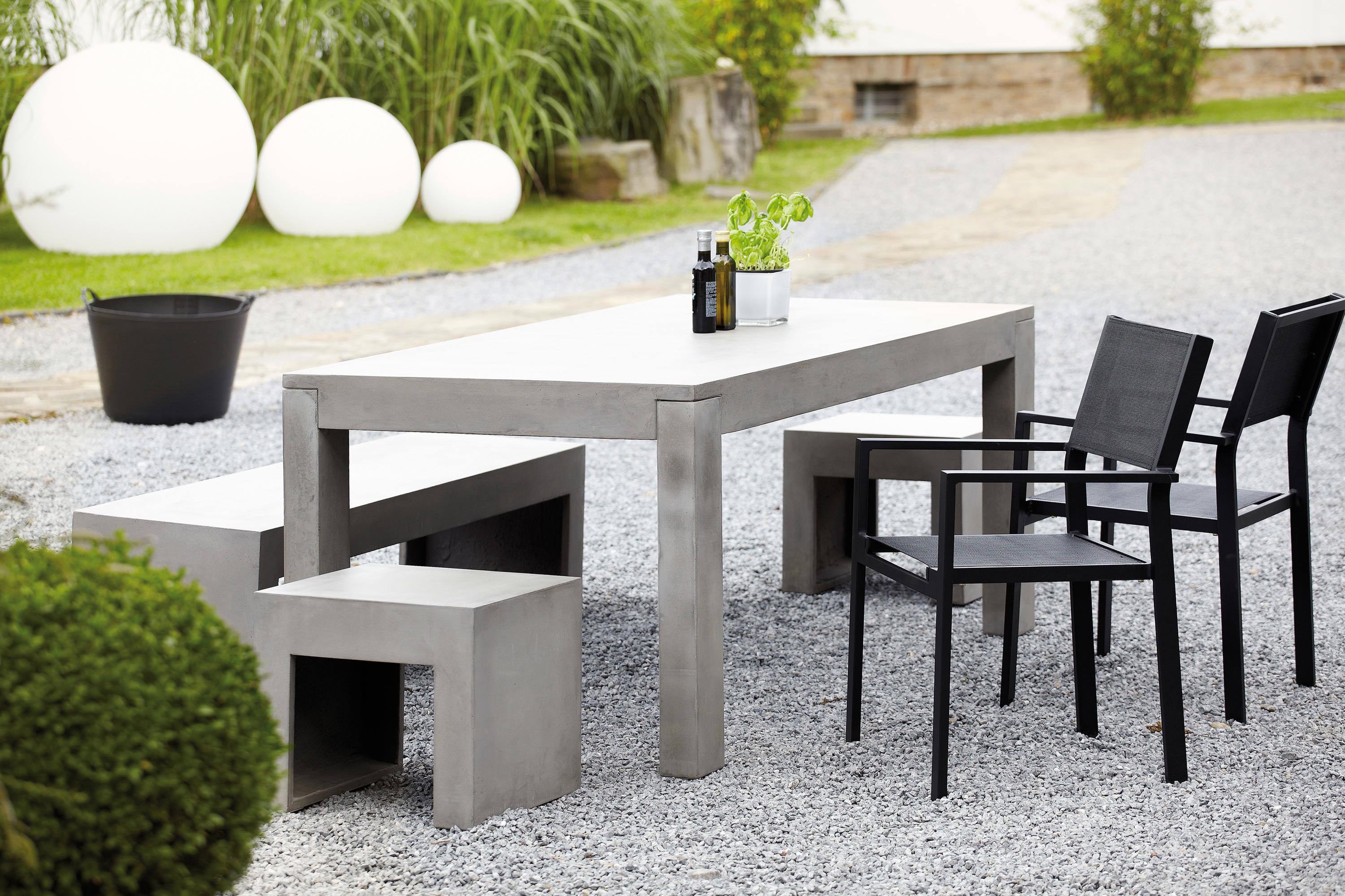 Beton Table By Jankurtz | Dining Tables