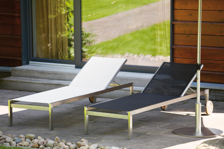 Luxury sun bed sdraio da giardino jankurtz architonic for Arredo urbano in inglese