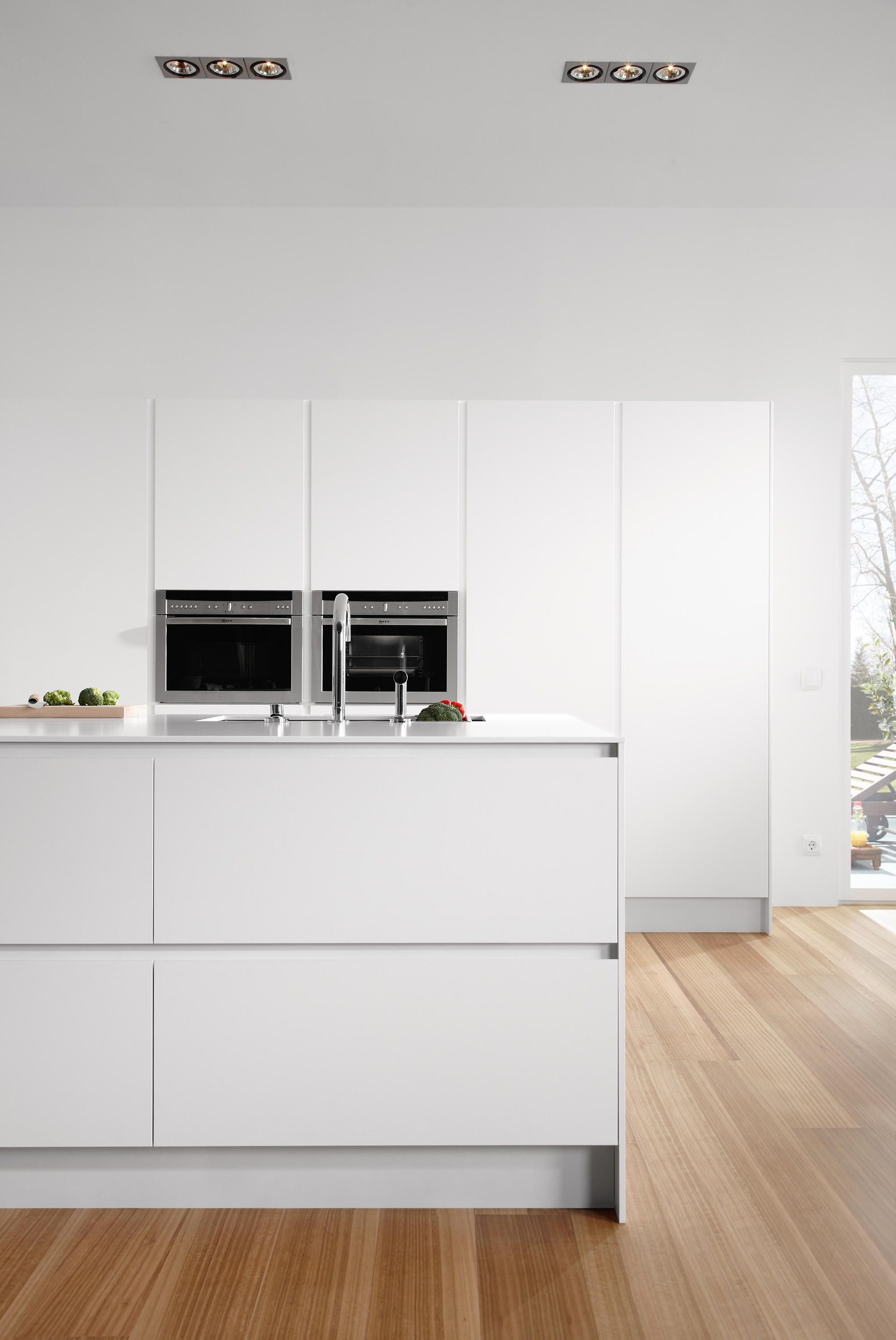 SERIE 45 | POLAR WHITE - Island kitchens from dica | Architonic
