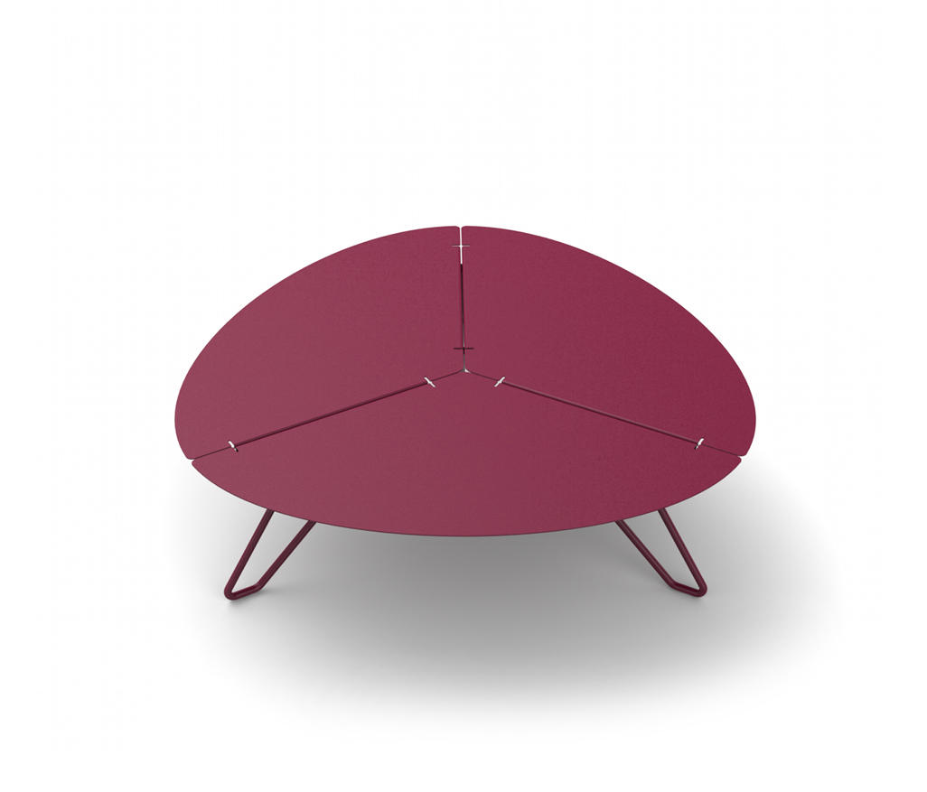 ca88d184823f9 LOO LOW TRIANGULAR TABLE - Coffee tables from Matière Grise