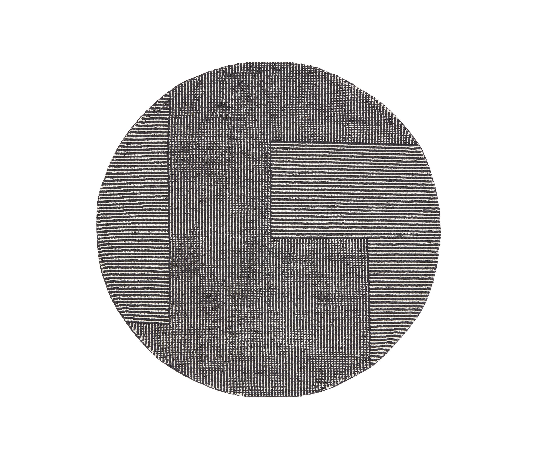 Stripe Rug Round Black And White Architonic