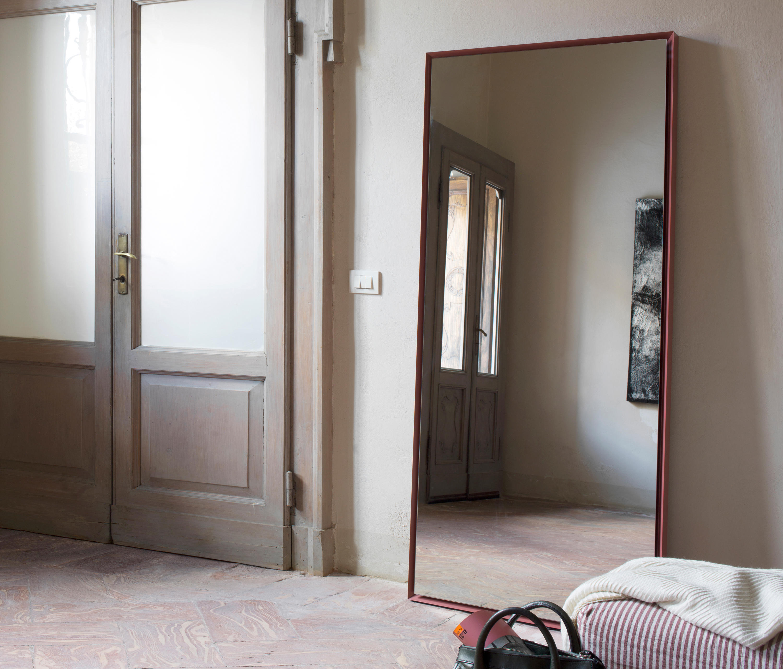 QUARANTACINQUE - Spiegel von Capo d\'Opera | Architonic
