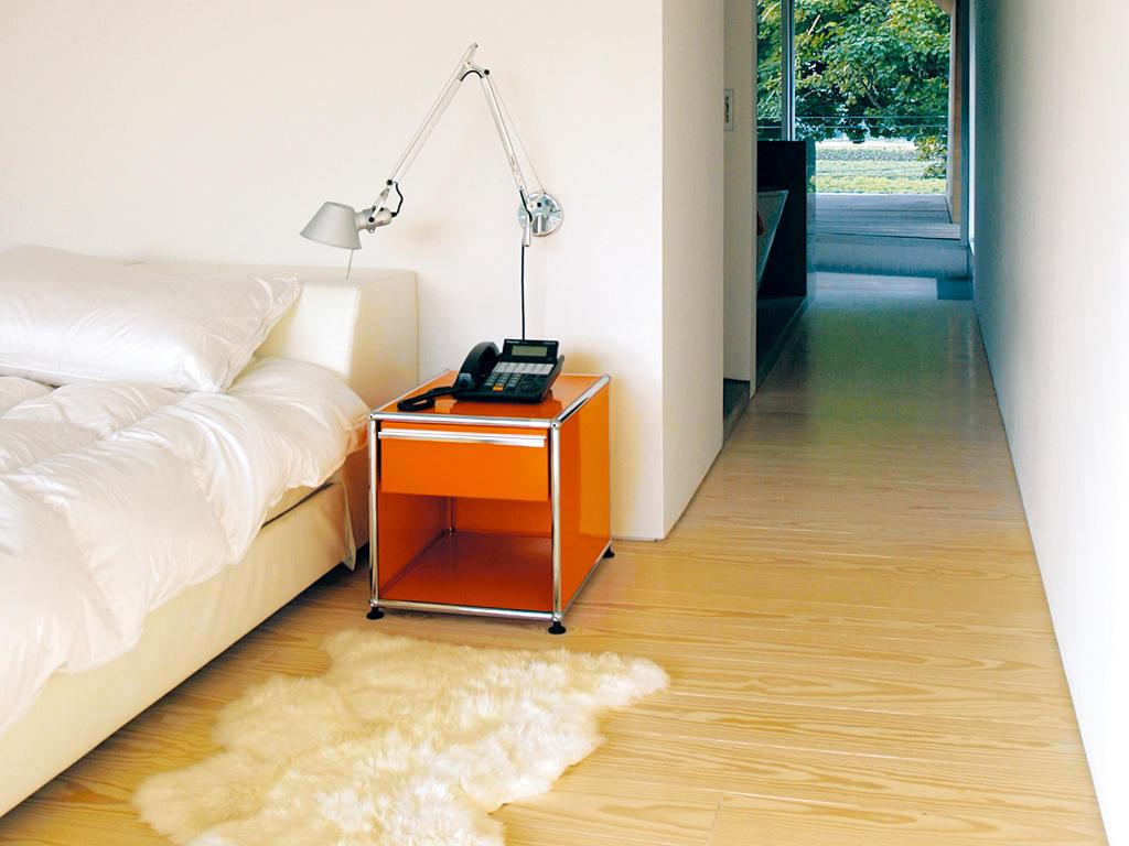 usm haller nachttisch nachttische von usm architonic. Black Bedroom Furniture Sets. Home Design Ideas