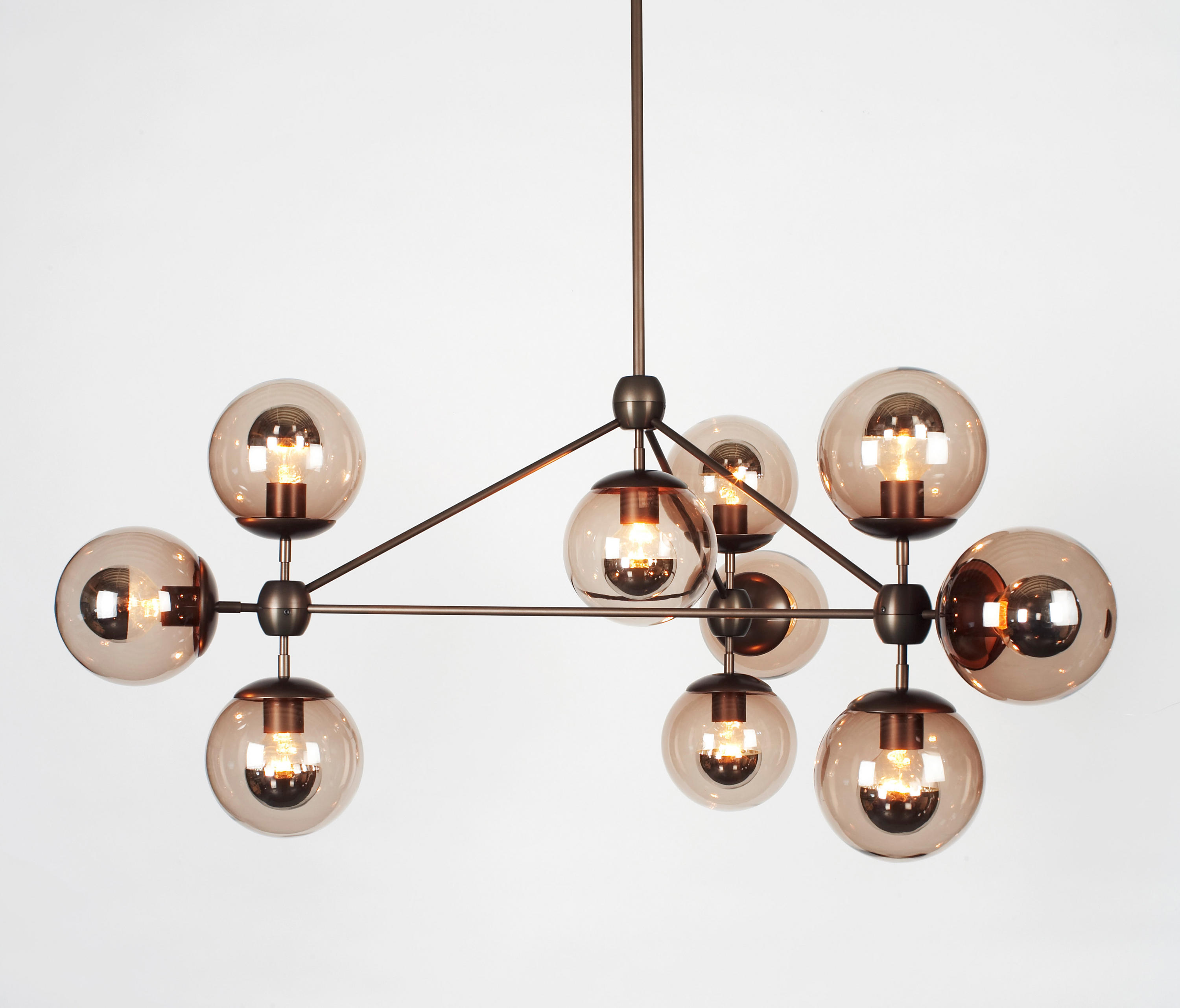 modo chandelier 10 globes bronze smoke general lighting from roll hill architonic. Black Bedroom Furniture Sets. Home Design Ideas