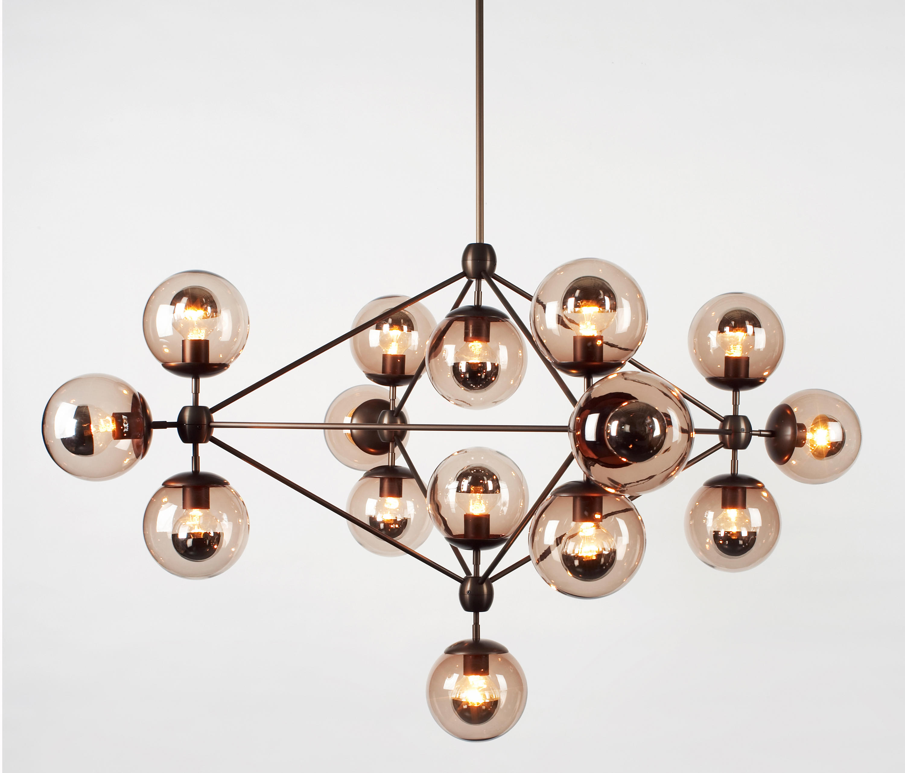 modo chandelier 15 globes bronze smoke general lighting from roll hill architonic. Black Bedroom Furniture Sets. Home Design Ideas