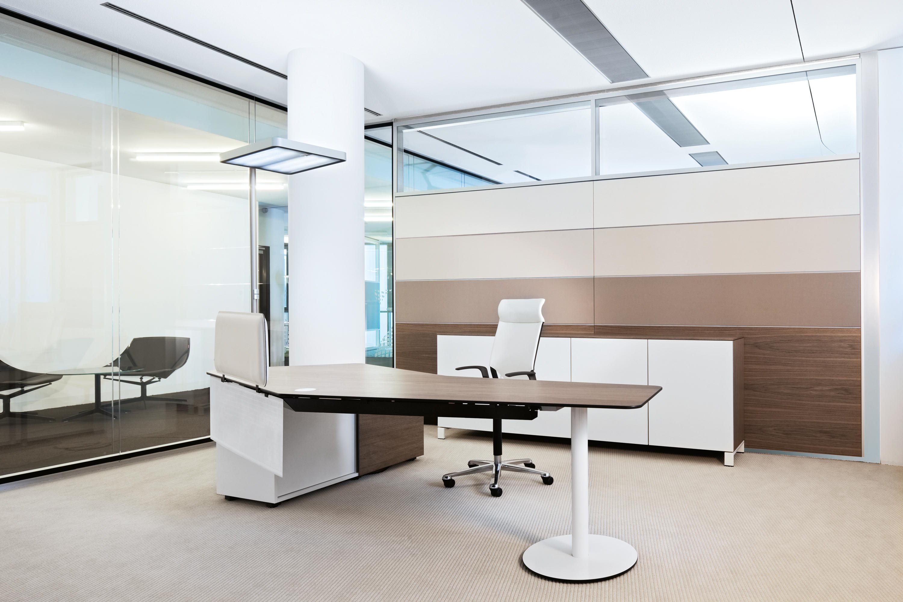 T front office individual desks from bene architonic for Front office design interior