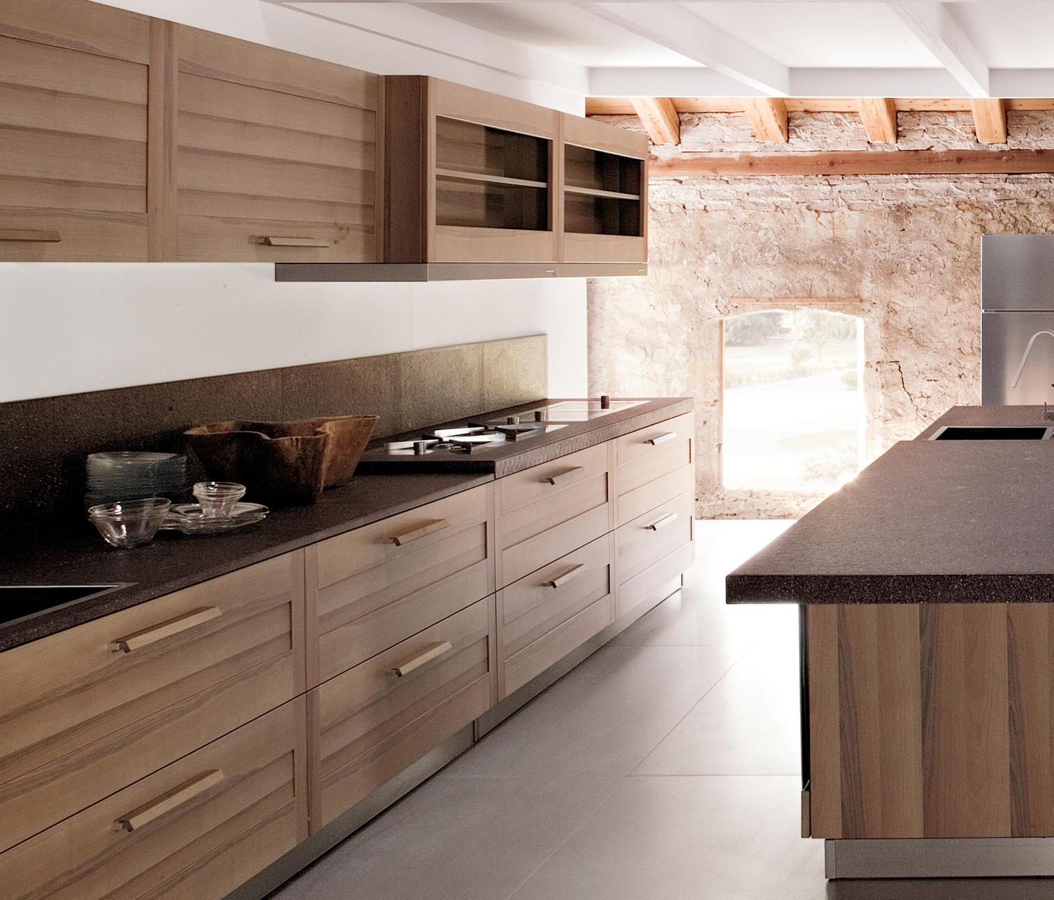 Fiamma cucina cucine a parete ged arredamenti srl for Profili arredamenti