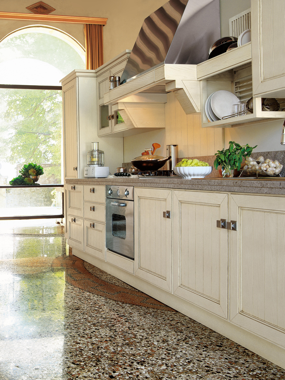 Settecento cucina cucine a parete ged arredamenti srl for Profili arredamenti