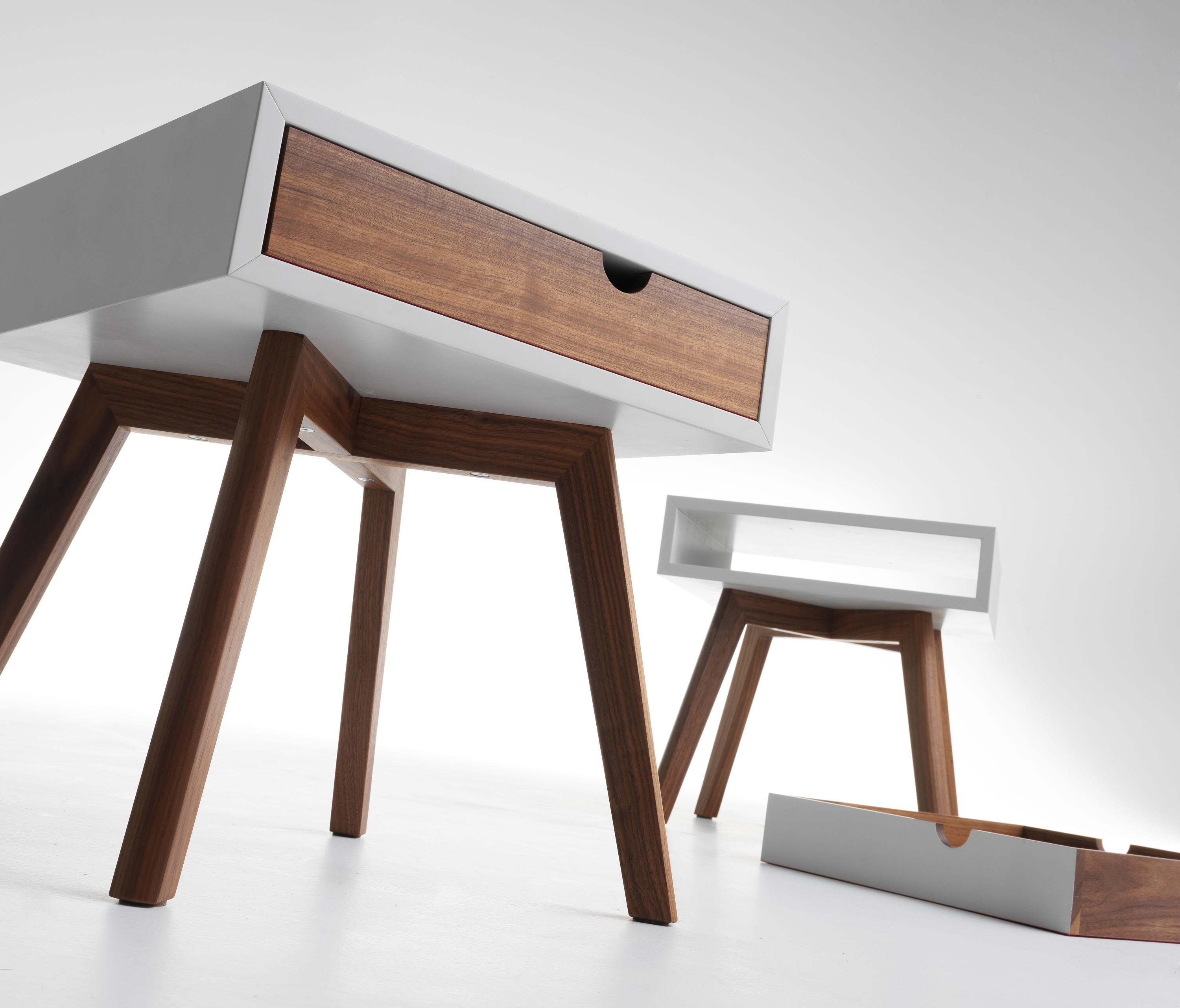 IO E TE BEDSIDE TABLE Night Stands From HORM IT Architonic