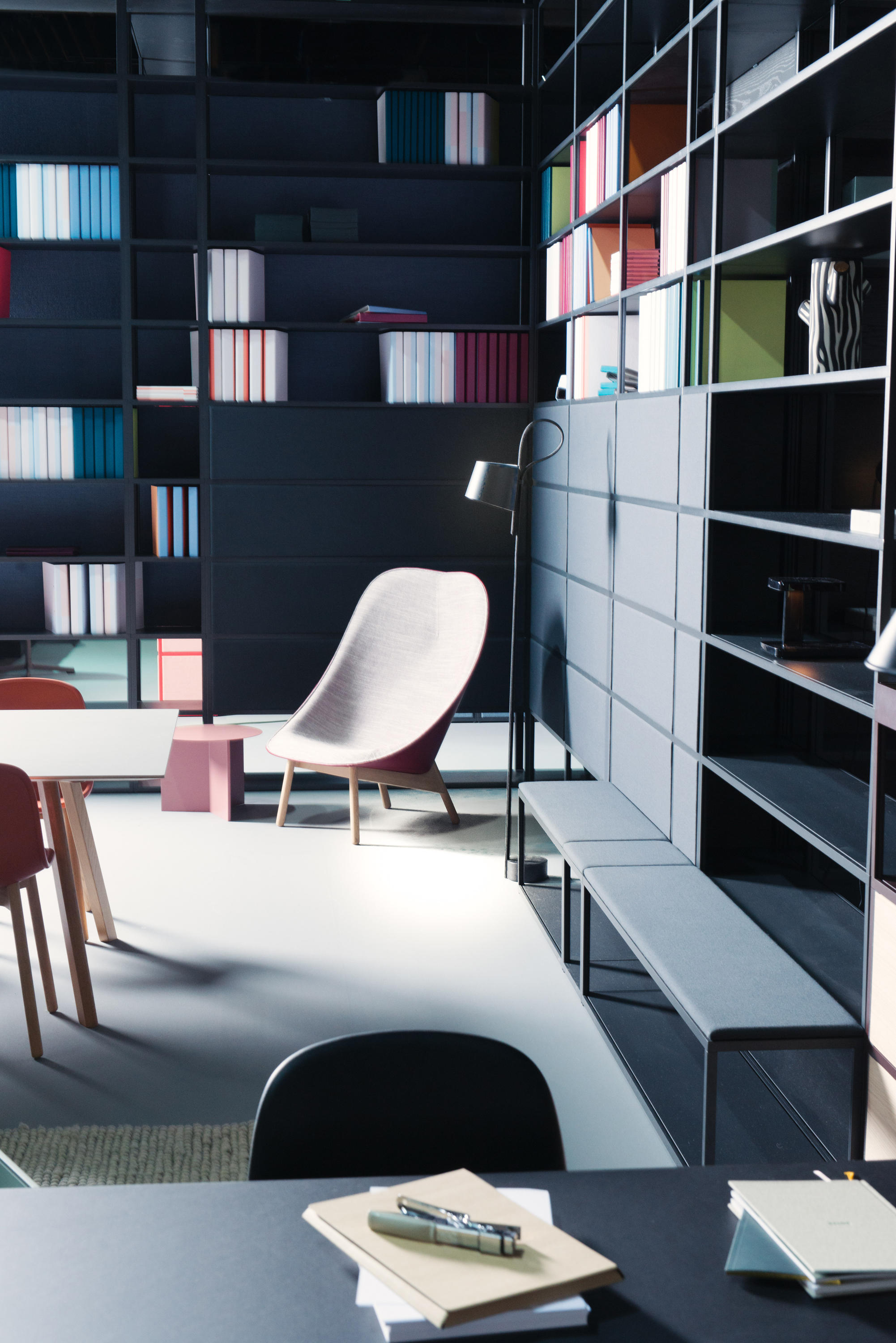 new order public shelves shelving from hay architonic. Black Bedroom Furniture Sets. Home Design Ideas