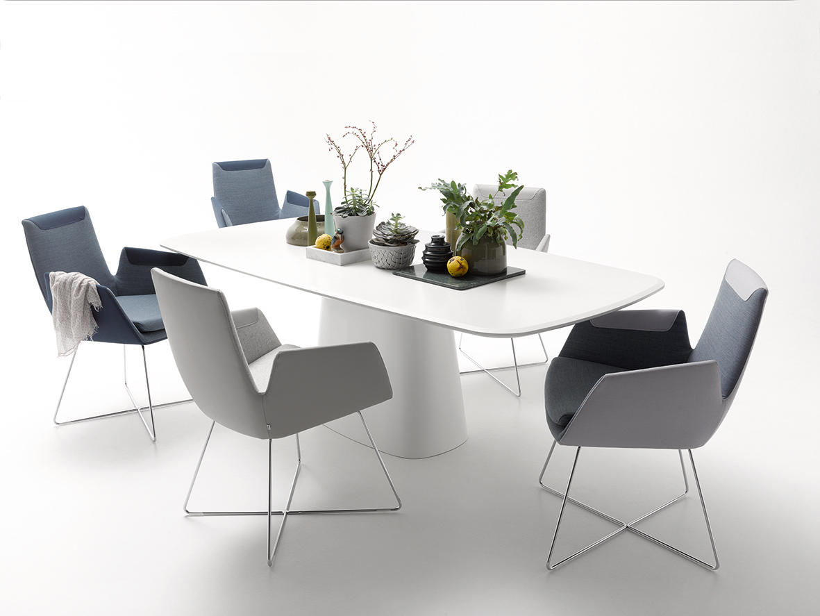 ... Conic By COR | Restaurant Tables