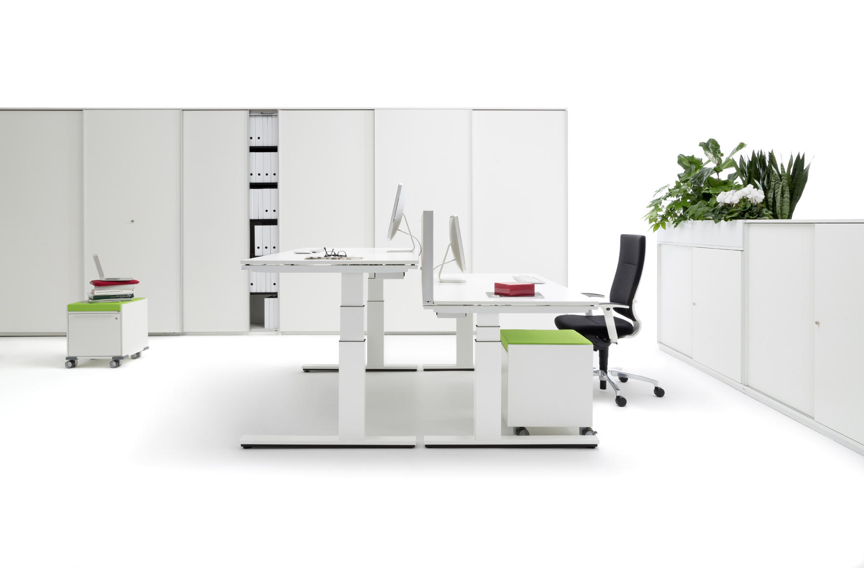 winea eco escritorios individuales de wini b rom bel architonic. Black Bedroom Furniture Sets. Home Design Ideas