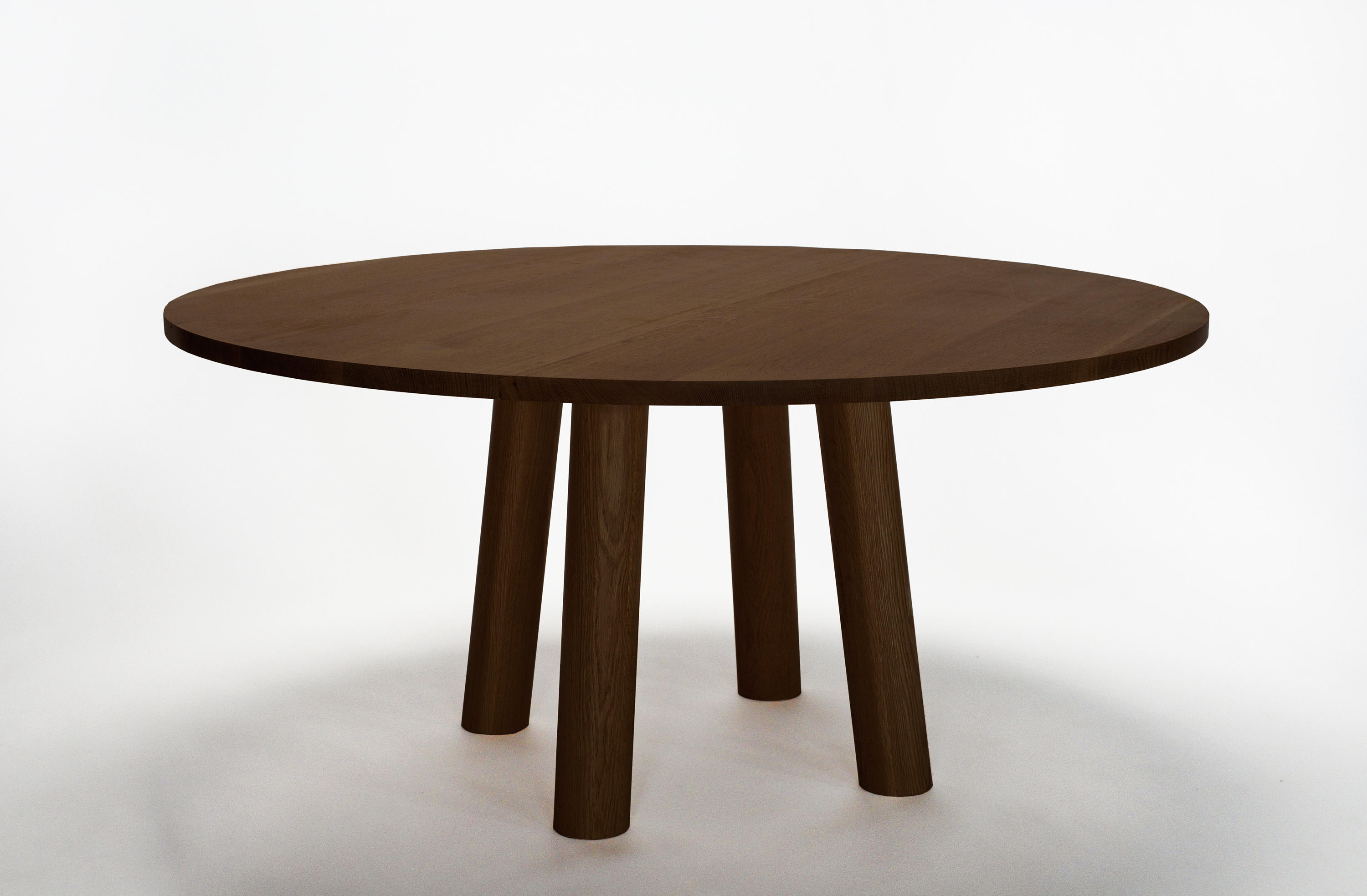 Standard Round Table.Column Table Round Dining Tables From Fort Standard Architonic