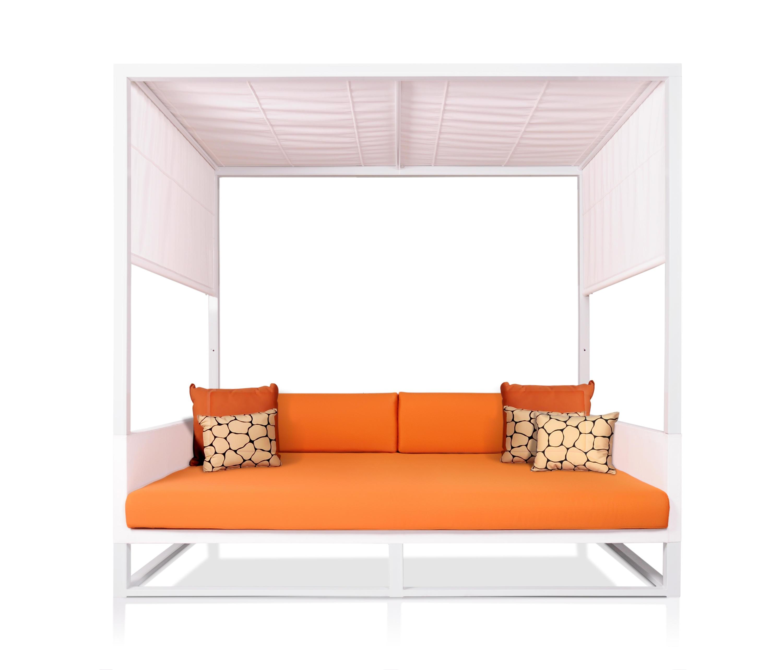 Mono day bed gazebo da giardino mamagreen architonic for Arredo urbano in inglese