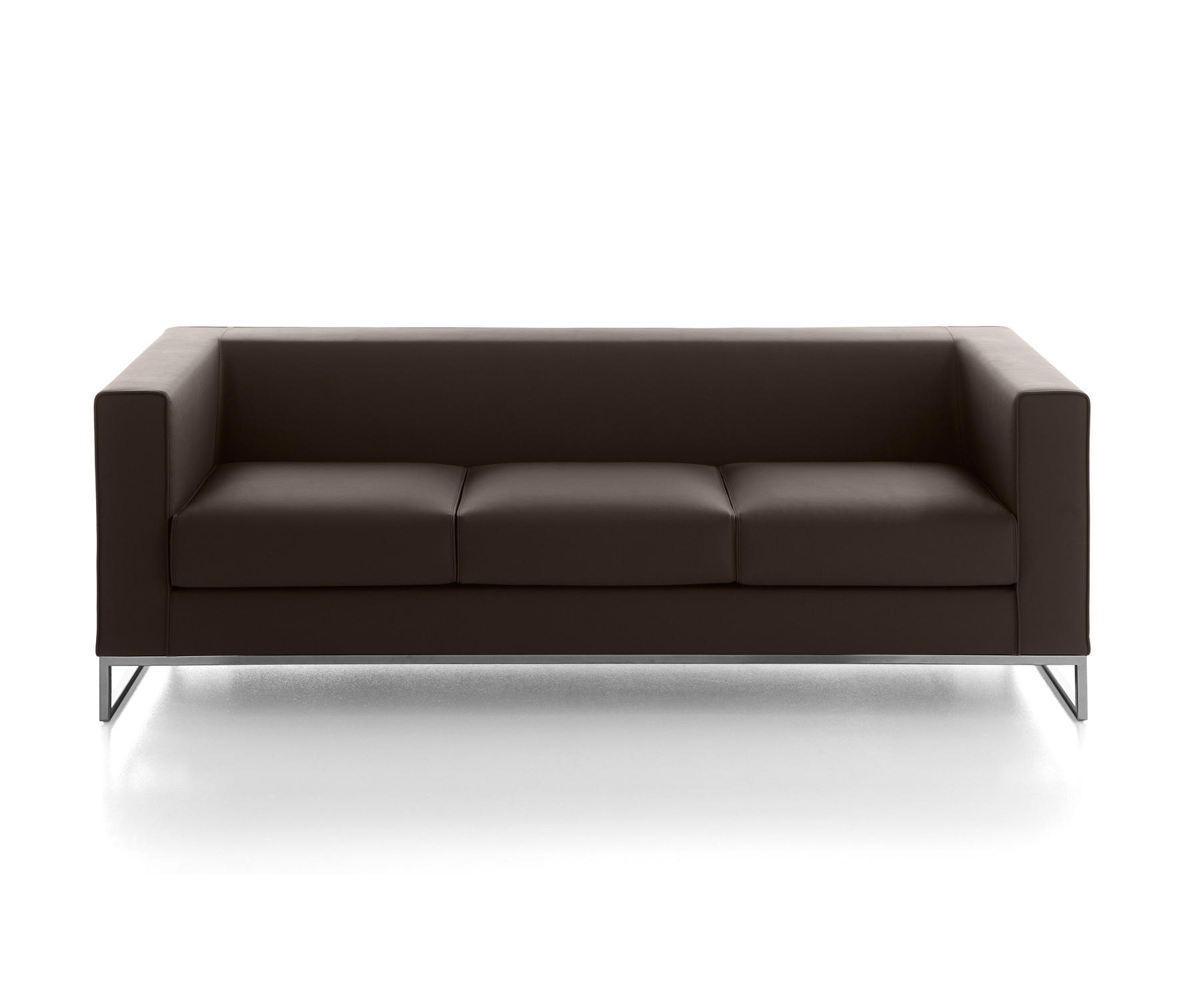 Klasse loungesofas von kastel architonic for Urban sofa deutschland