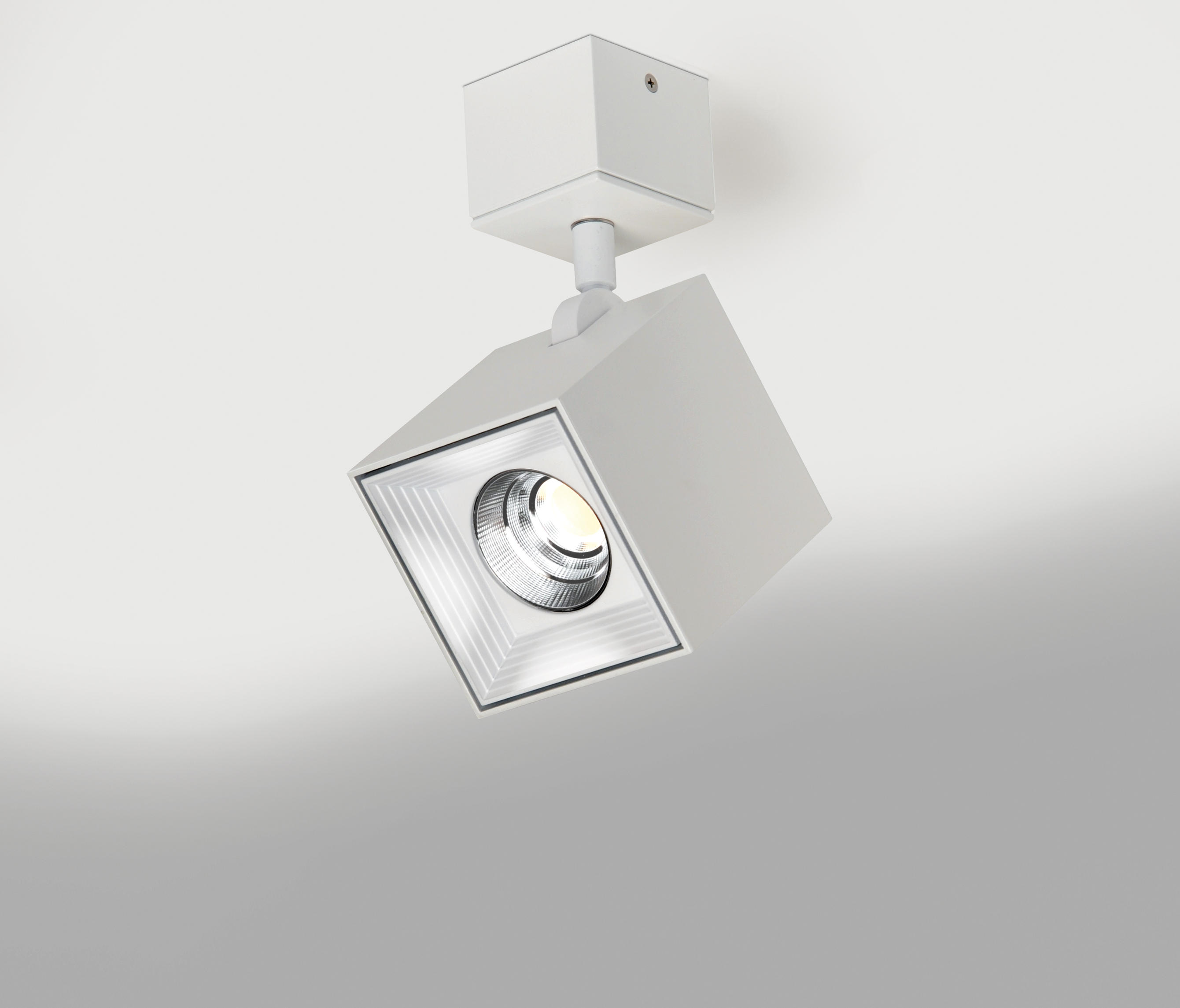 Dau spot led 6466 focos de techo de mil n iluminaci n for Focos iluminacion exterior