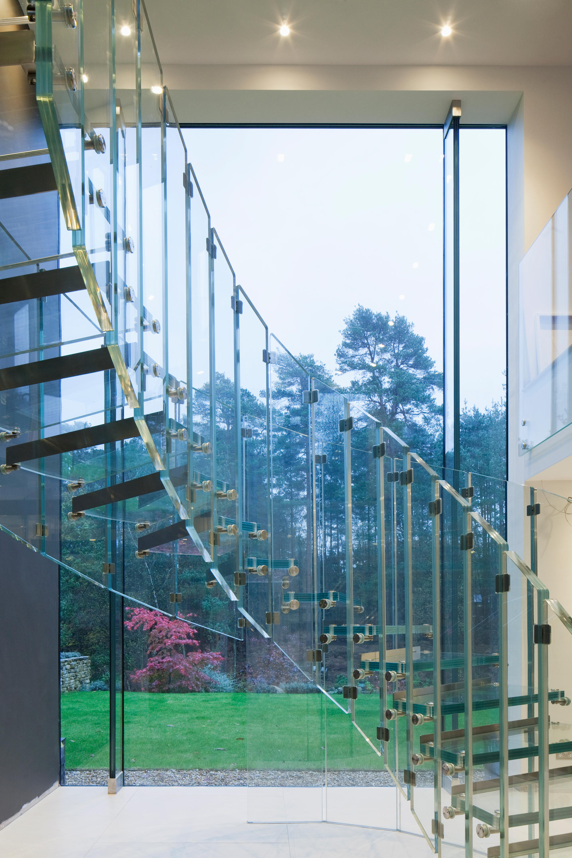 Fly Staircase Systems From Siller Treppen Architonic