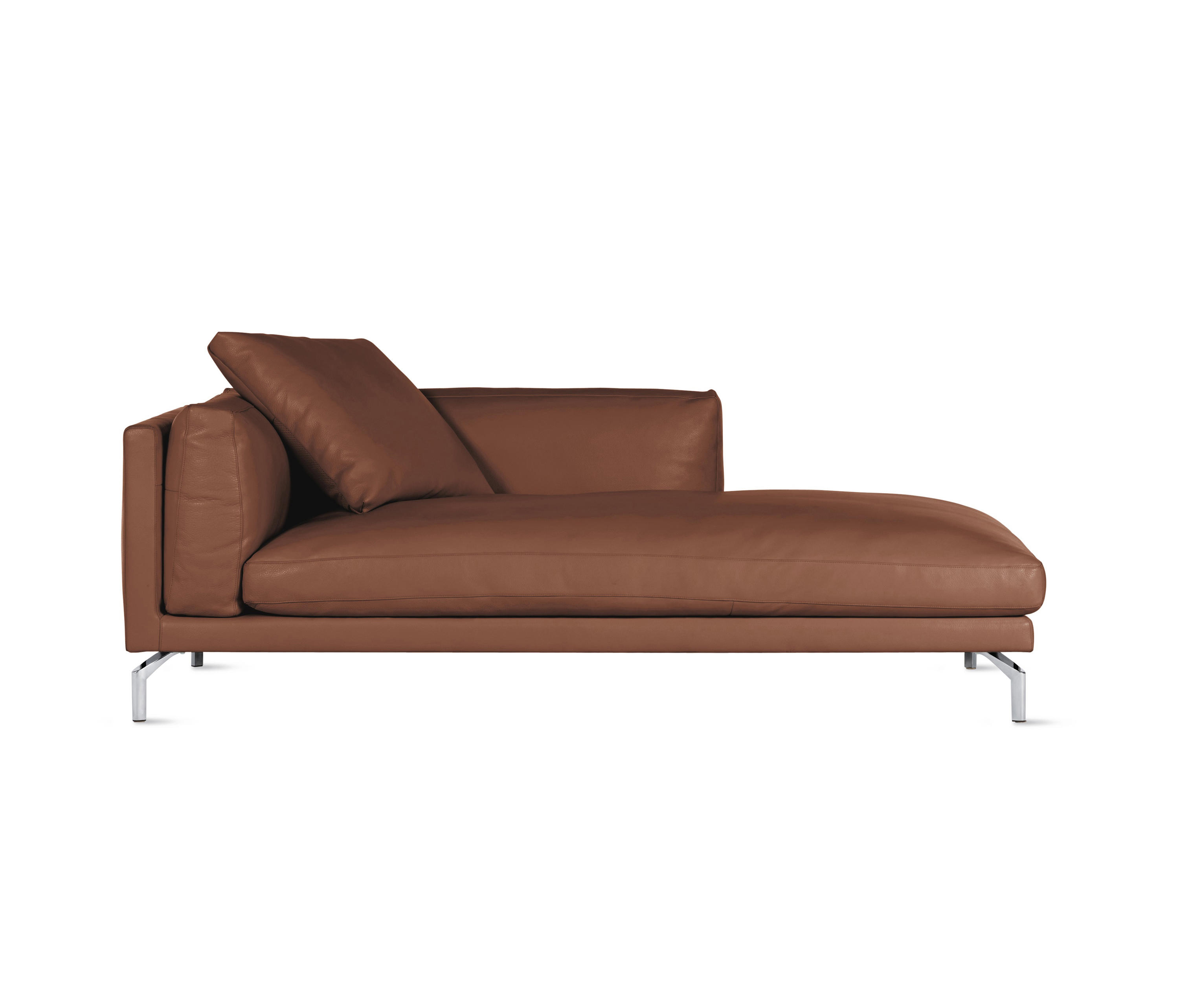Como chaise in leather right recamieres from design within reach architonic for Chaise designe